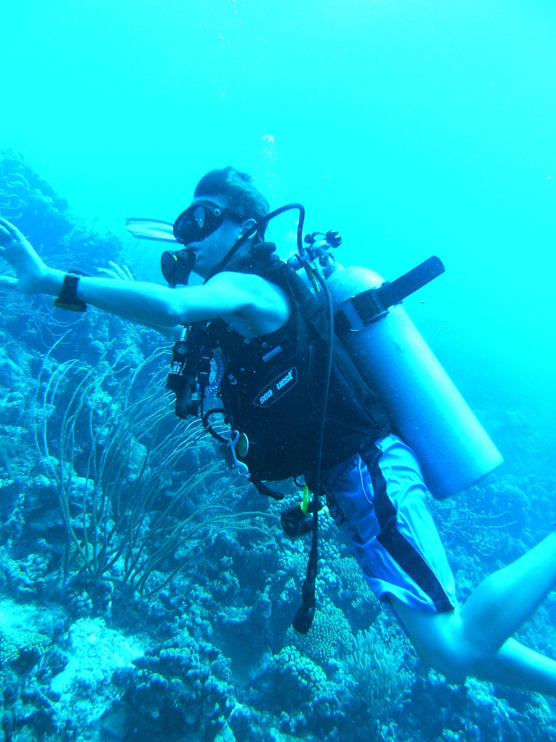 Underwater World Scuba Center image 8