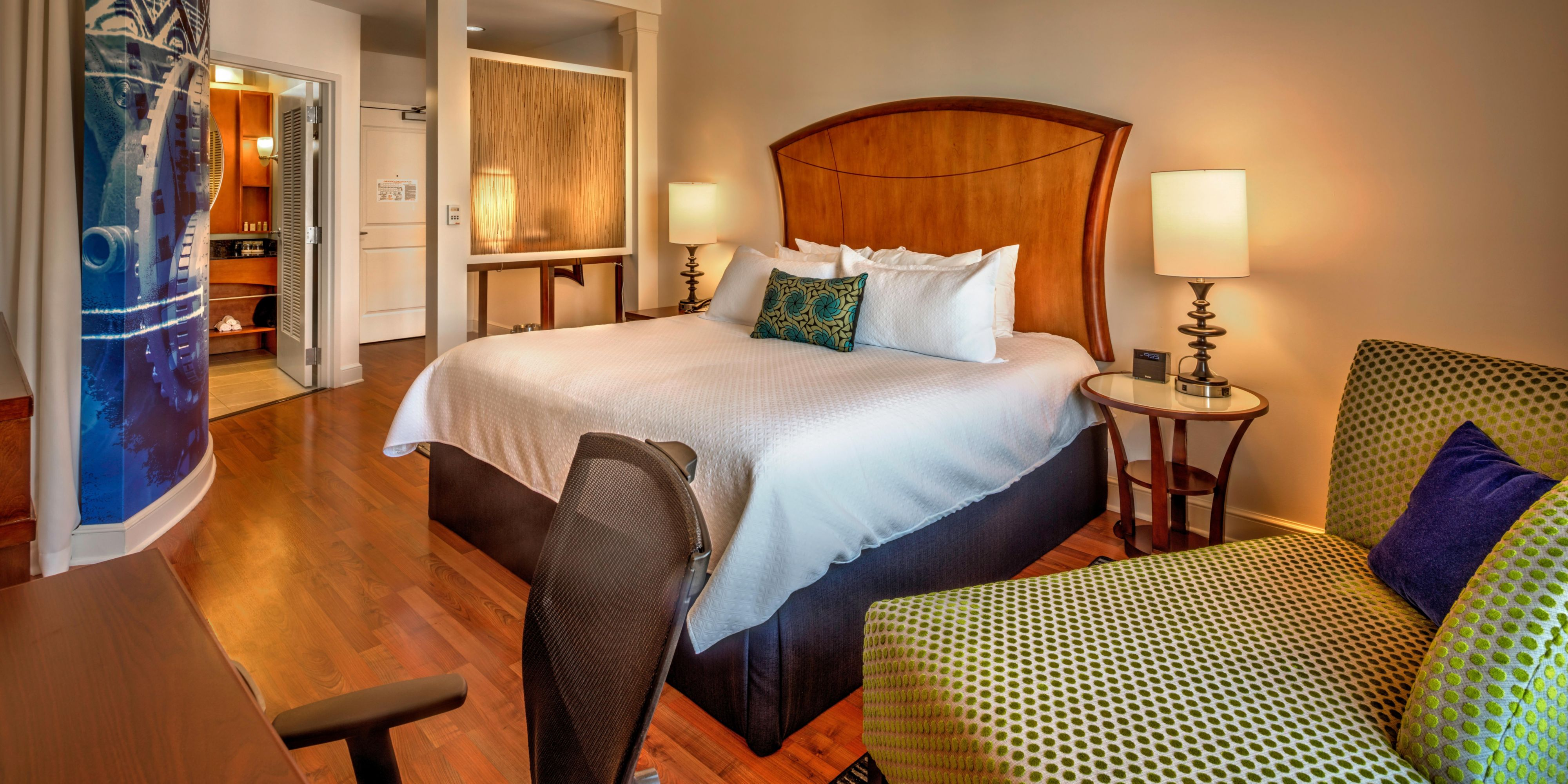Hotel Indigo Jacksonville-Deerwood Park image 1