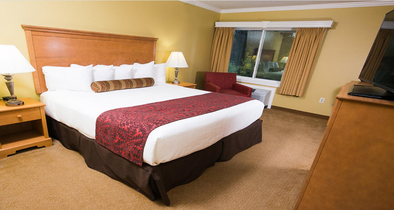 Best Western Plus Windjammer Inn & Conference Center image 27
