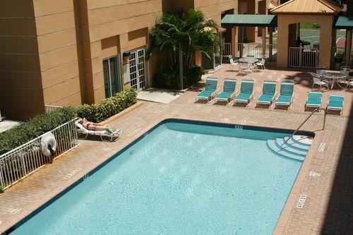 Staybridge Suites Miami Doral Area image 1