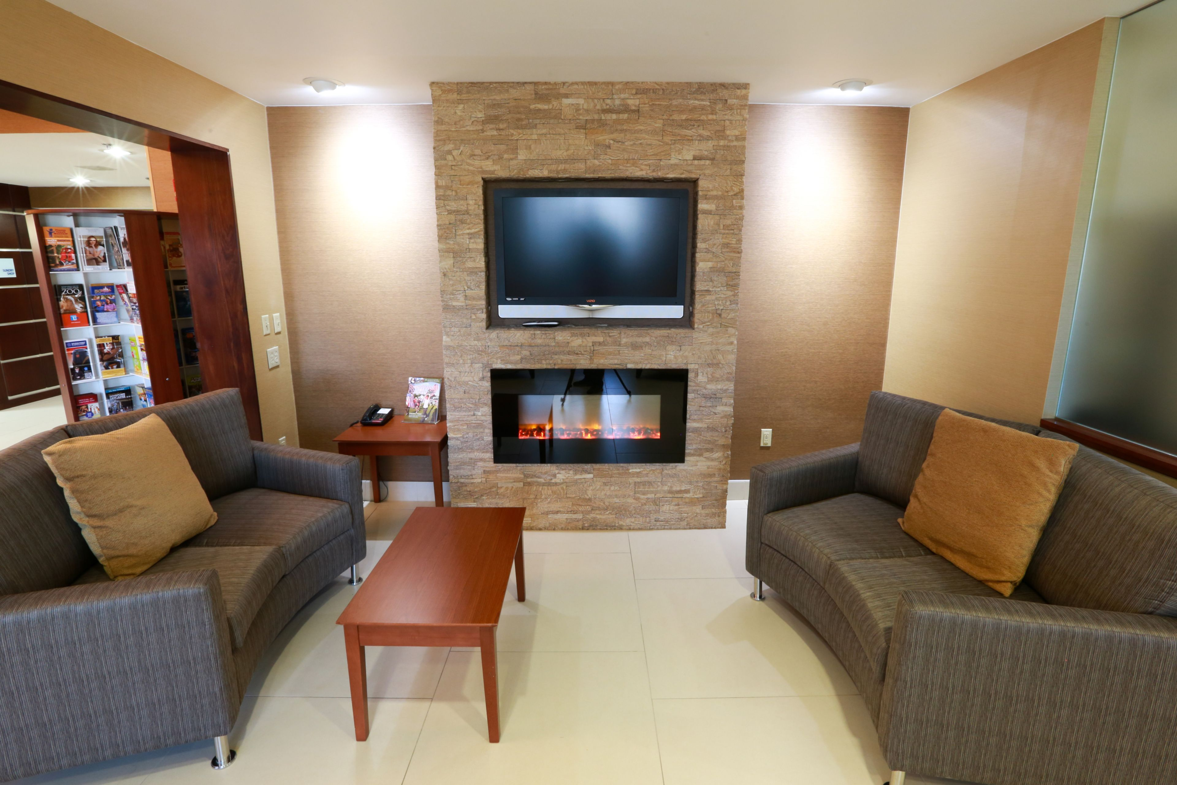 Holiday Inn Express & Suites West Chester image 6
