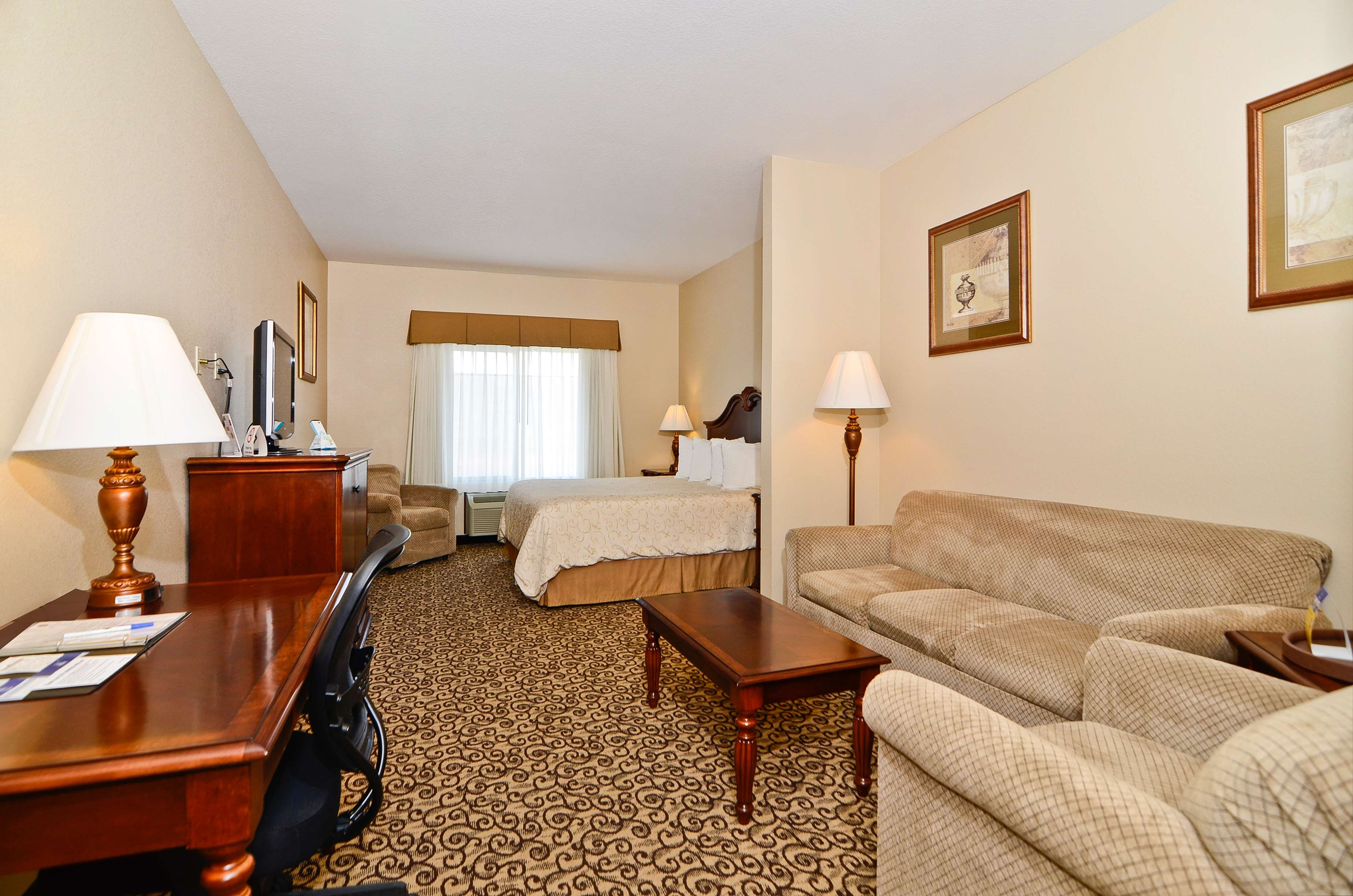 Best Western Plus Fossil Country Inn & Suites image 19