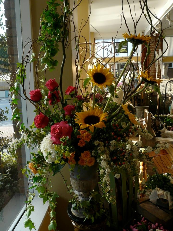 The Hive Floral Design Studio and Gifts image 1