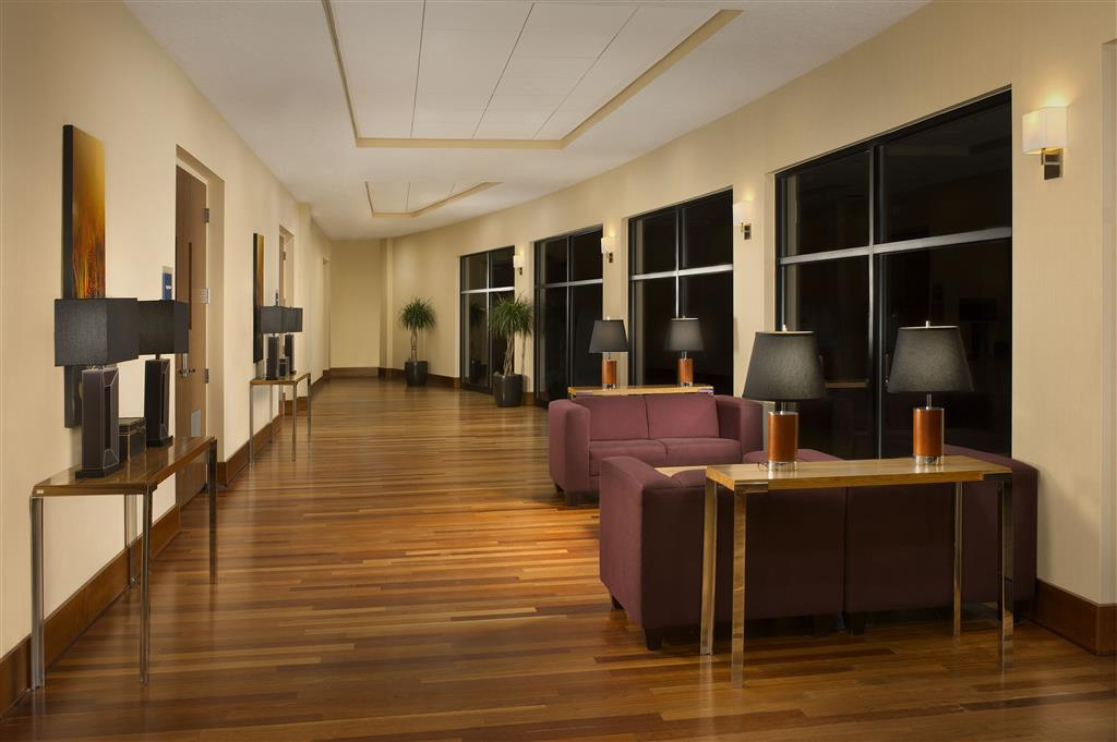 Four Points by Sheraton Jacksonville Baymeadows image 14