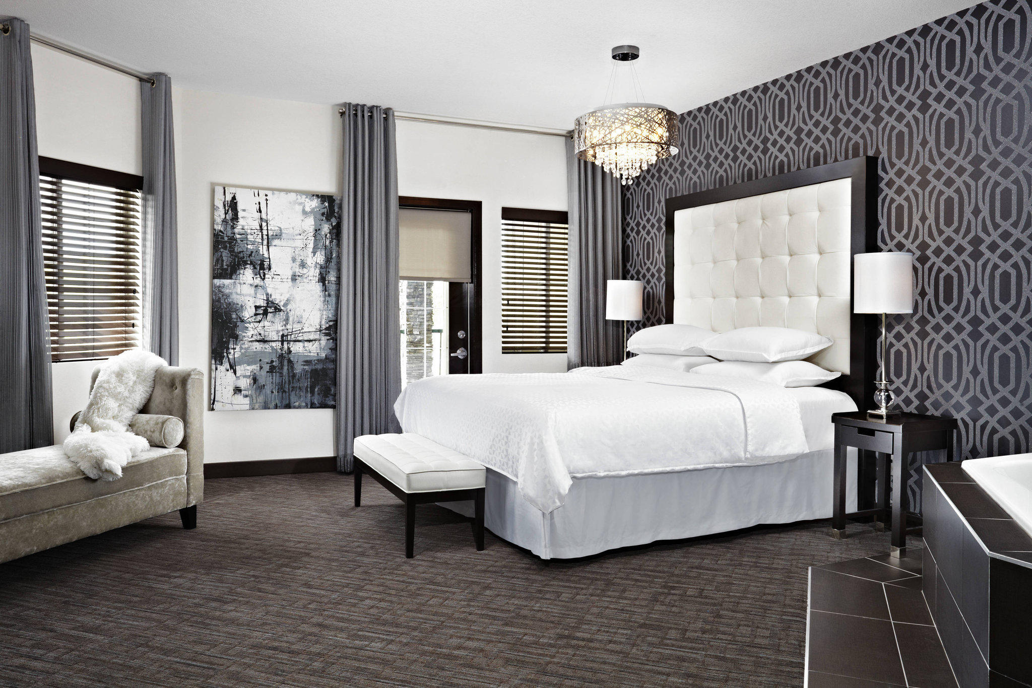 Four Points by Sheraton Hotel & Suites Calgary West