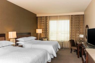 Sheraton Mesa Hotel at Wrigleyville West image 2