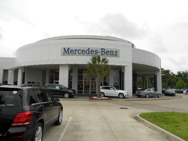 Mercedes benz of clear lake in league city tx 77573 for Alex rodriguez mercedes benz clear lake