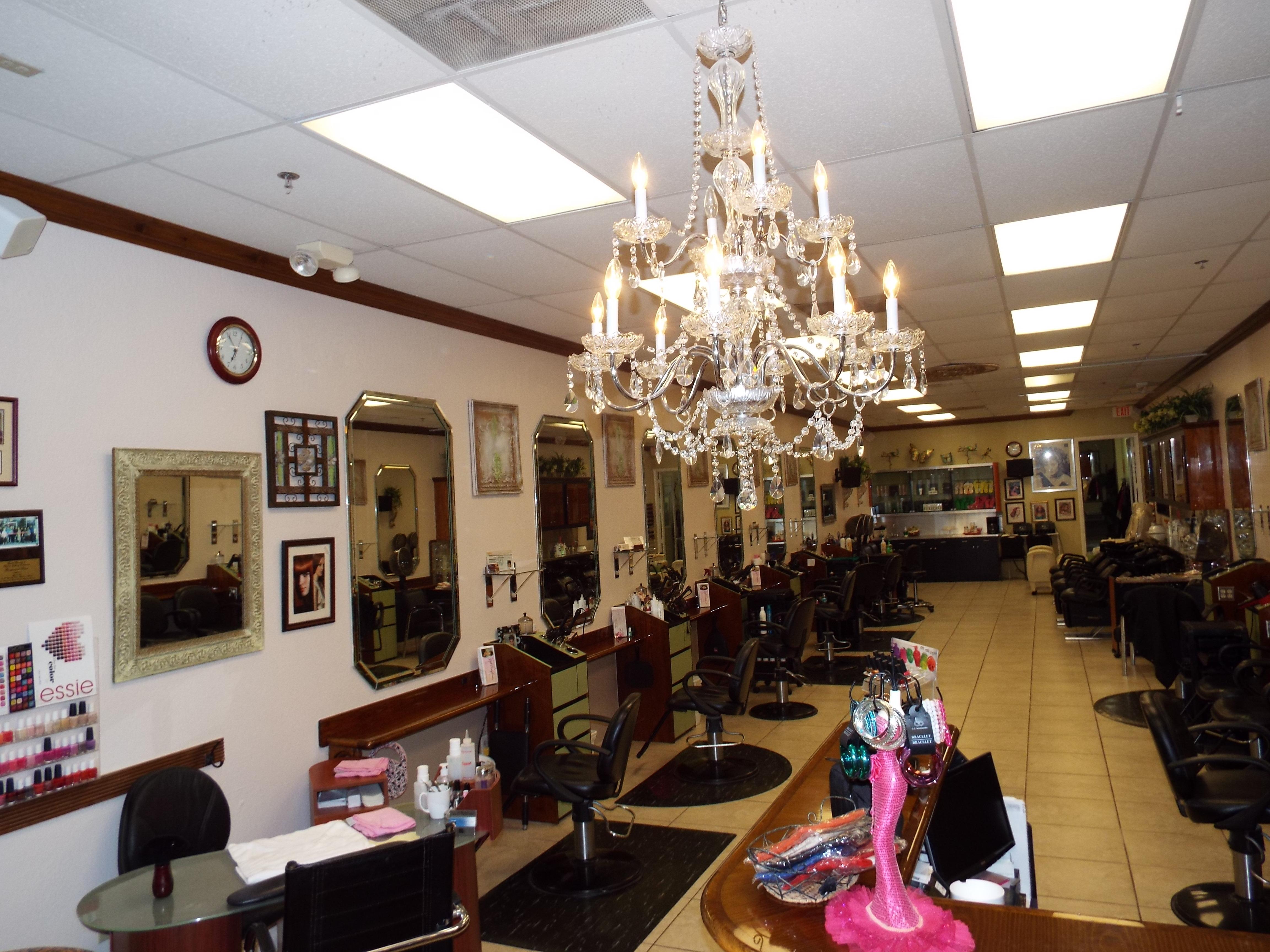 Boulevard Salon image 3
