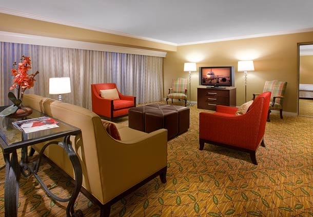 Salt Lake Marriott Downtown at City Creek - ad image
