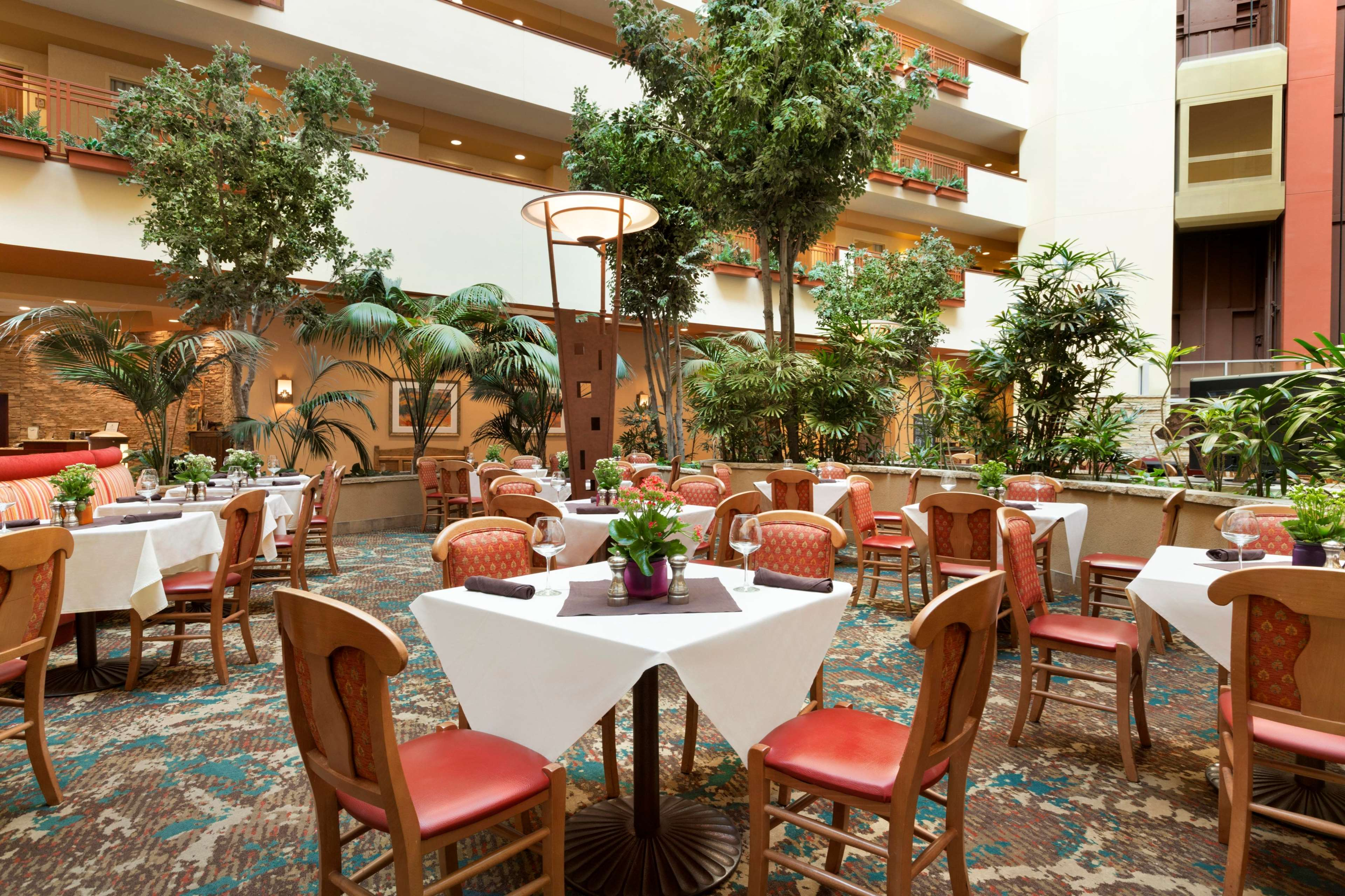 Embassy Suites by Hilton Albuquerque Hotel & Spa image 38