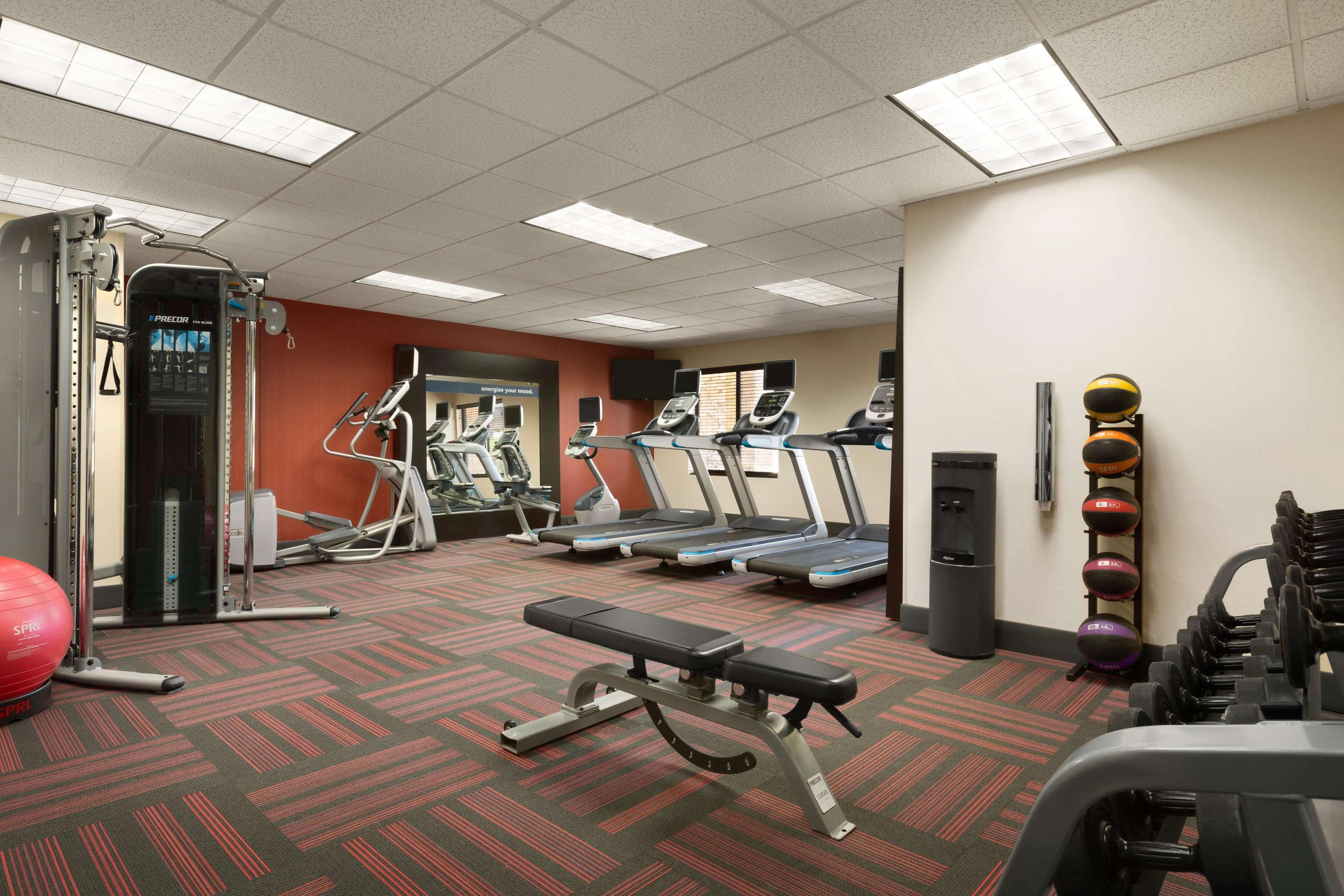 Hampton Inn & Suites Phoenix Glendale-Westgate image 30