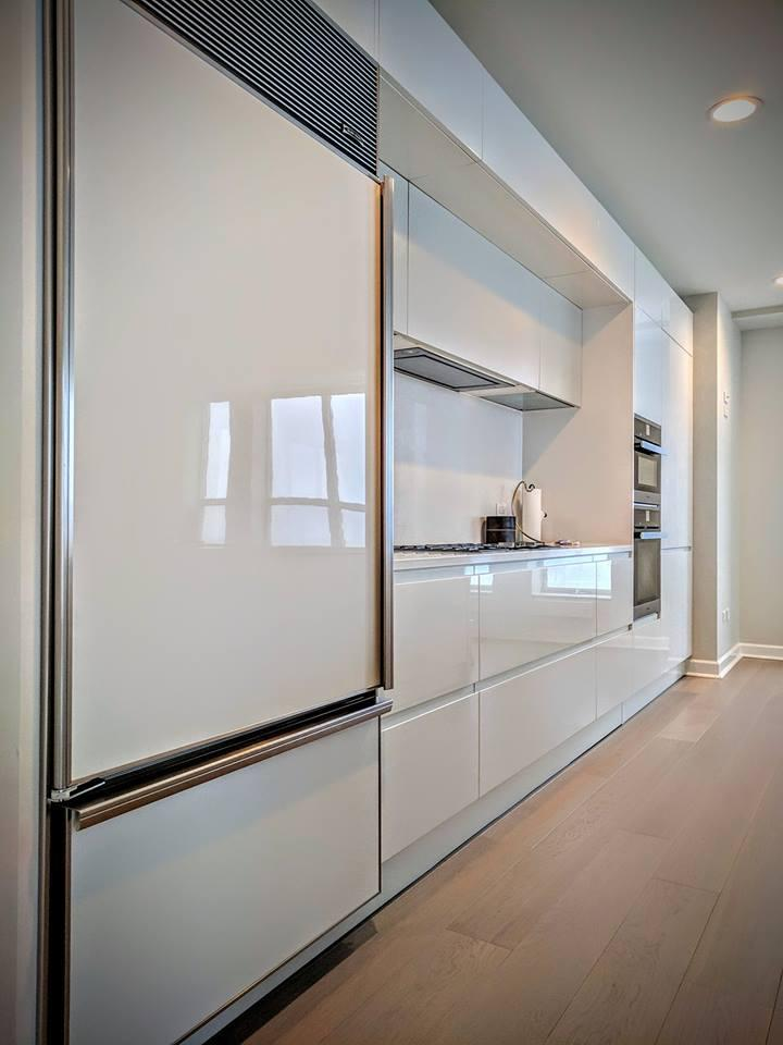 Looking for a sleek and modern kitchen? Our remodeling contractors can help!