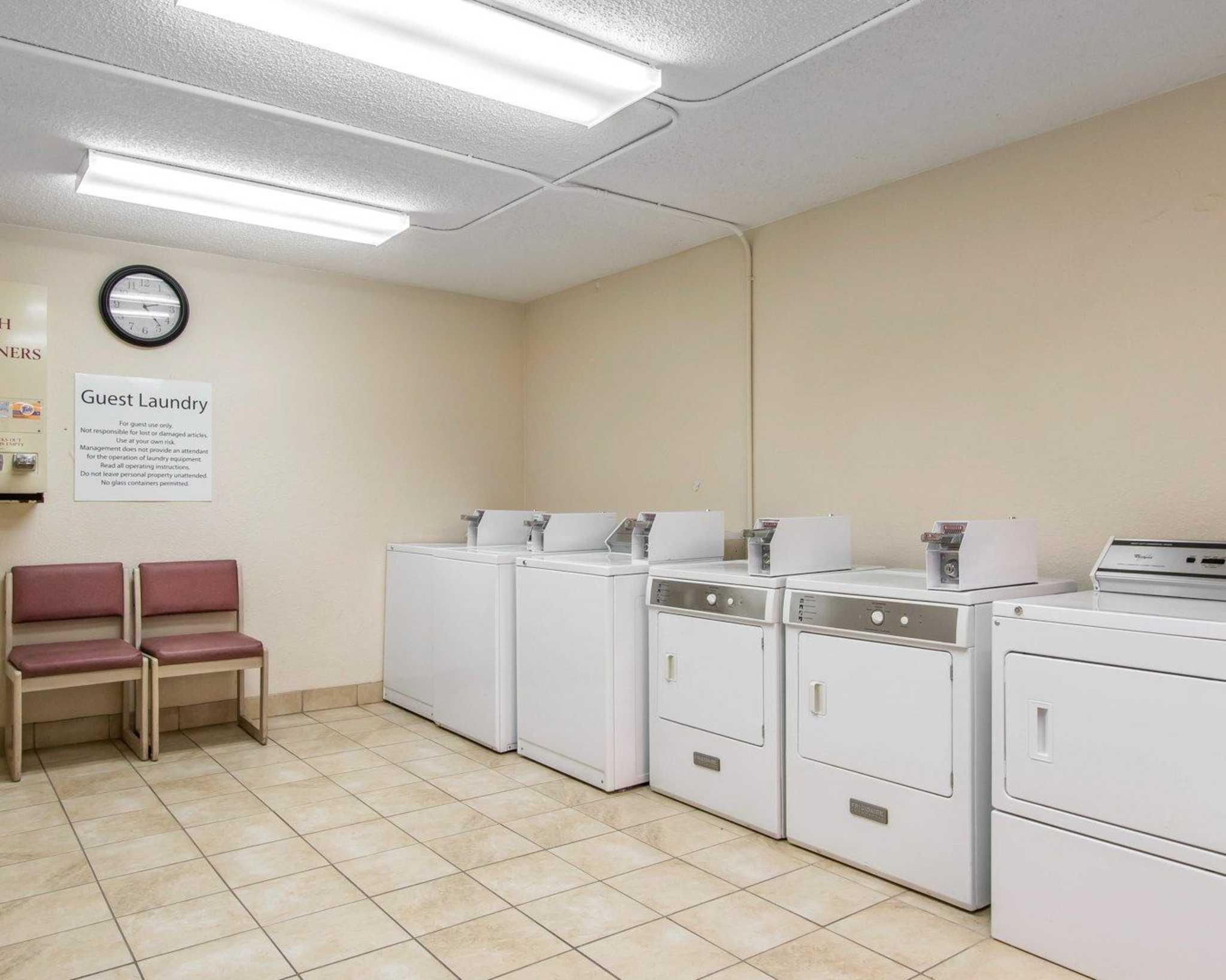 Quality Inn & Suites Fairgrounds West image 34