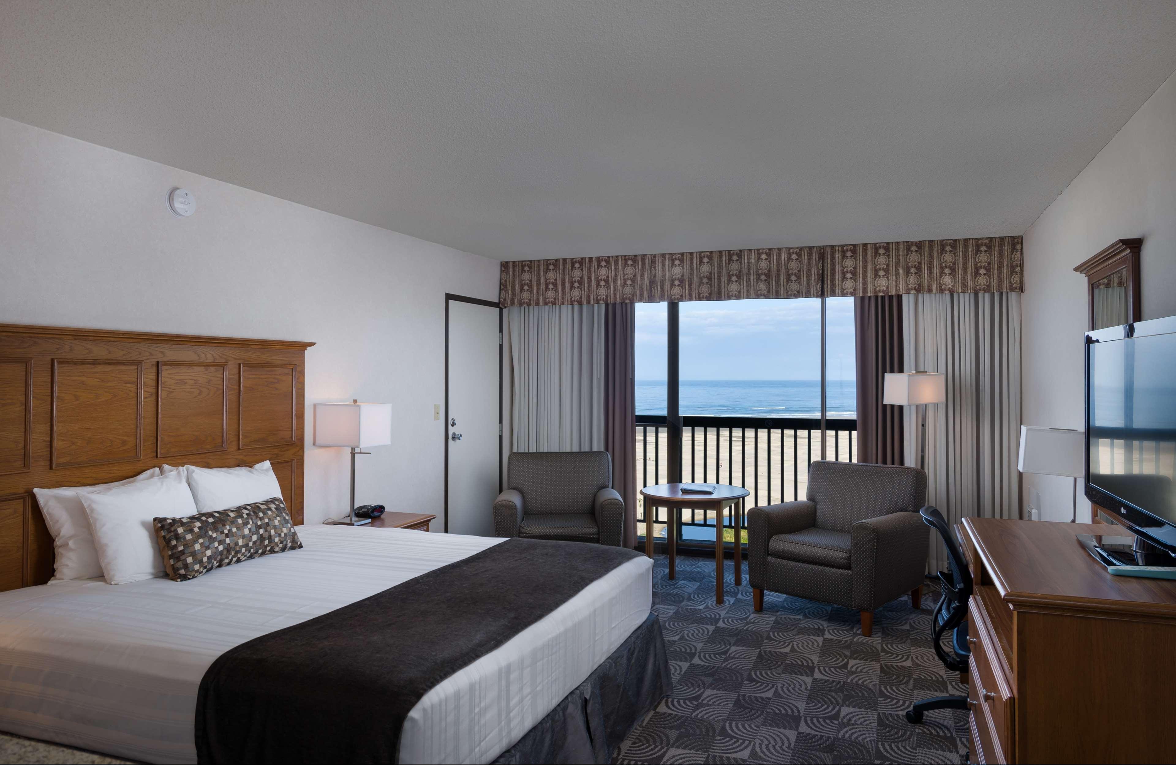 Best Western Agate Beach Inn image 1