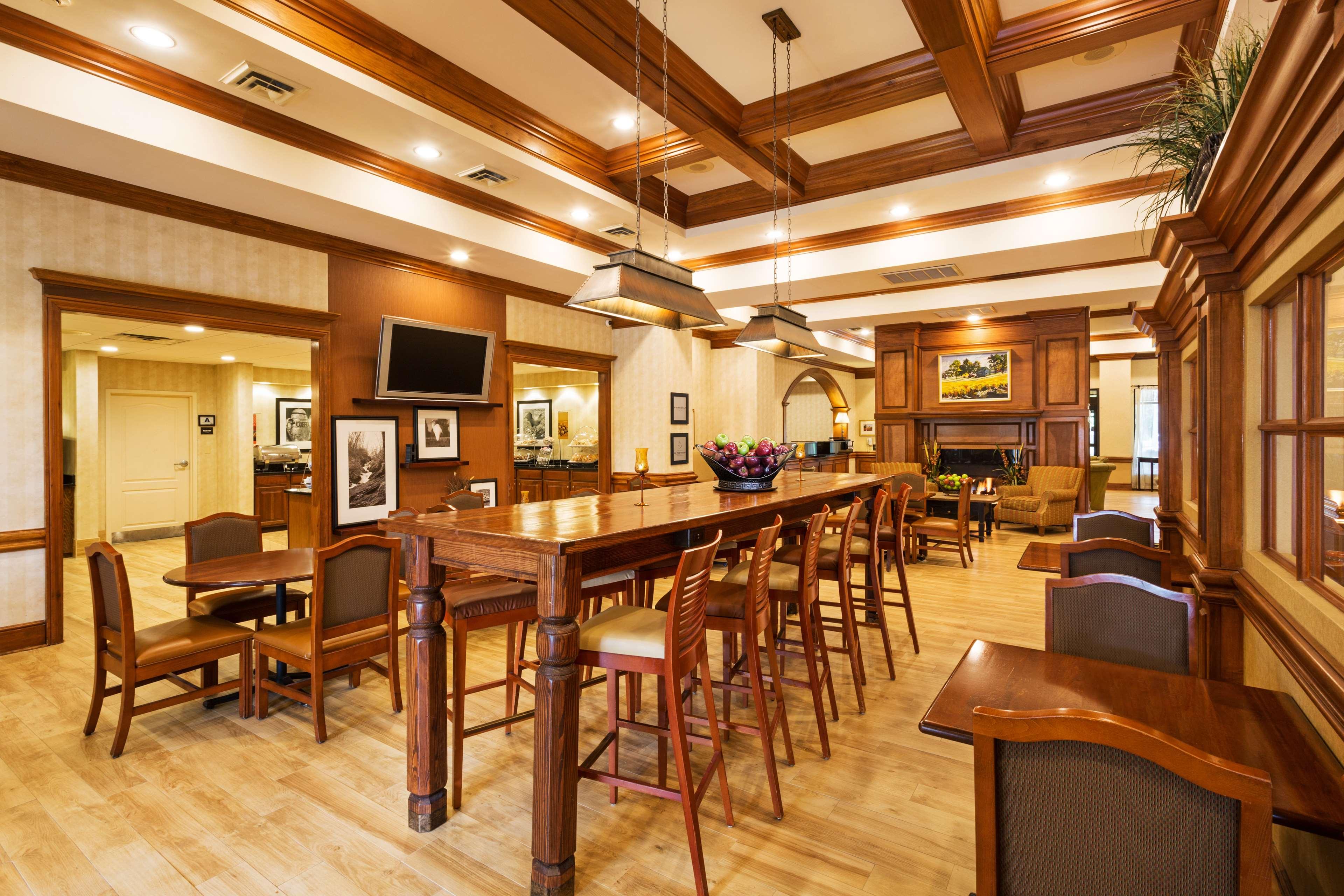 Hampton Inn & Suites Greenville/Spartanburg I-85 image 13