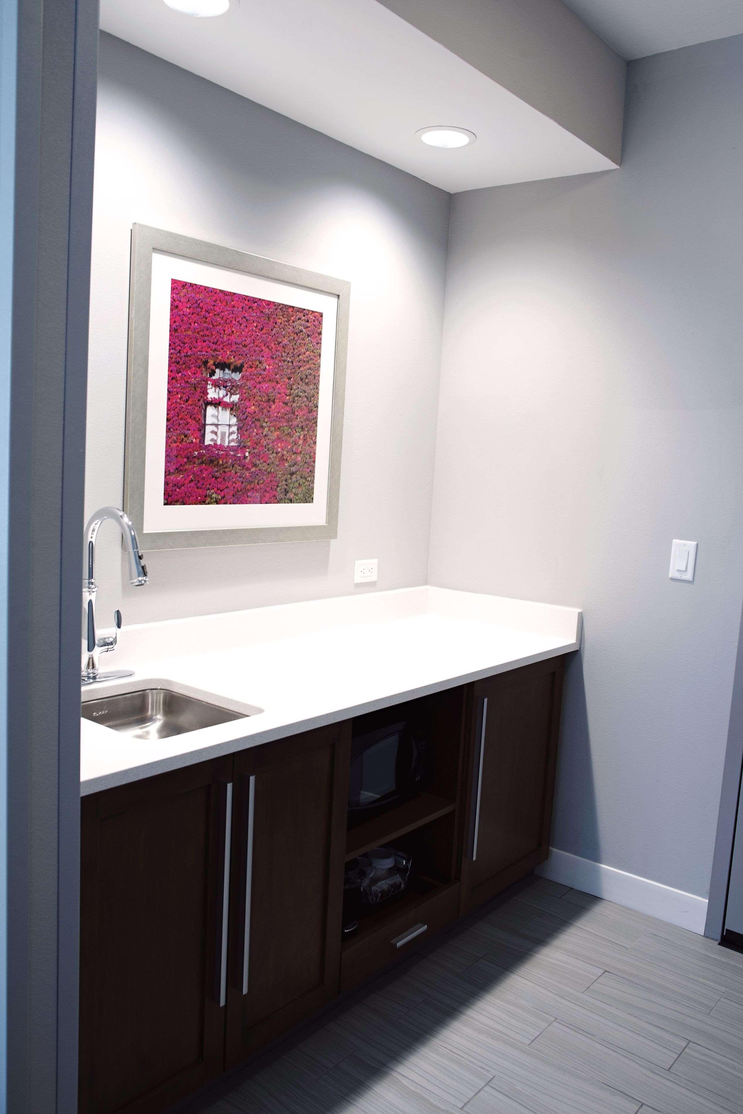 Hampton Inn & Suites Des Moines/Urbandale image 33