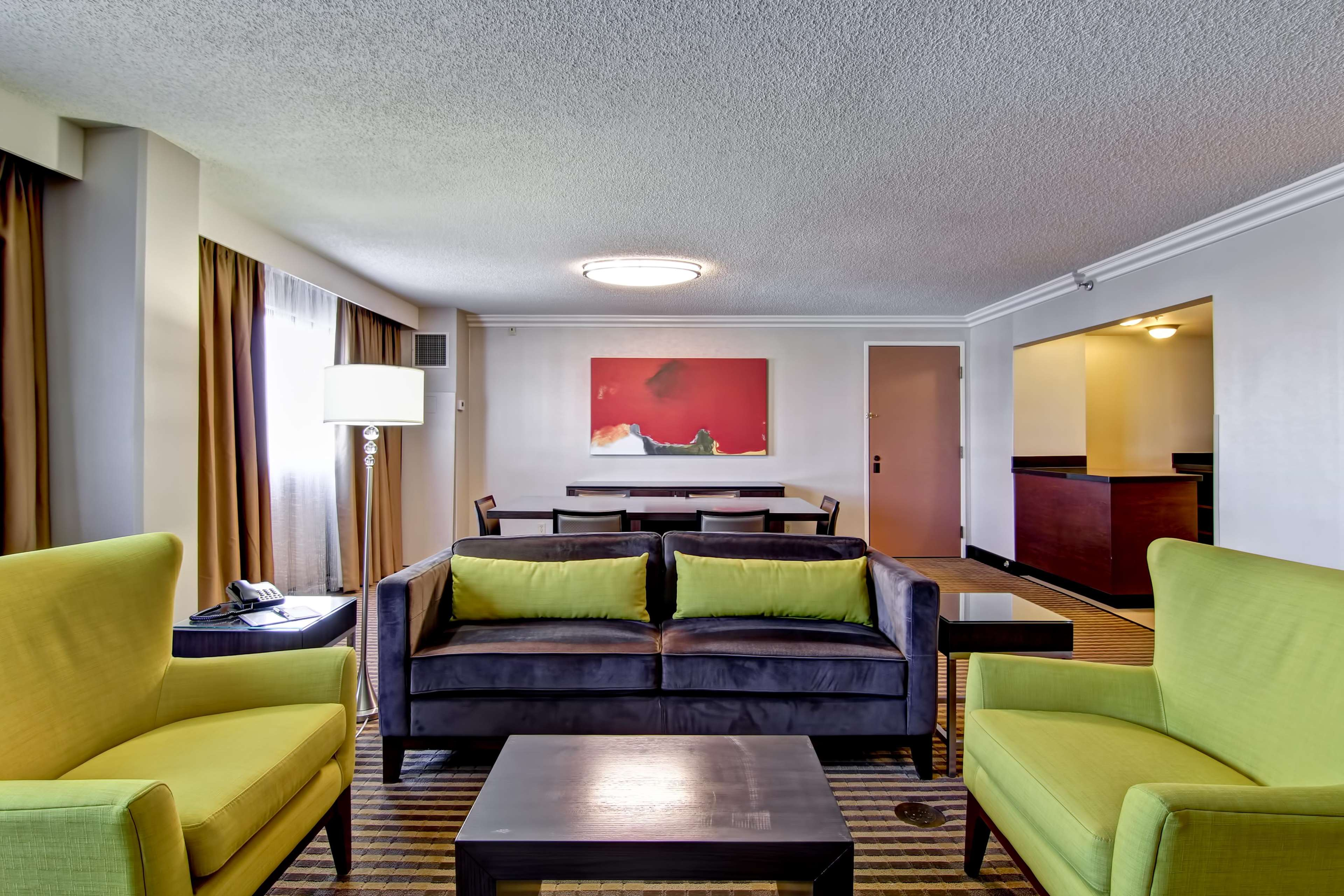 DoubleTree by Hilton Hotel Pleasanton at the Club image 30