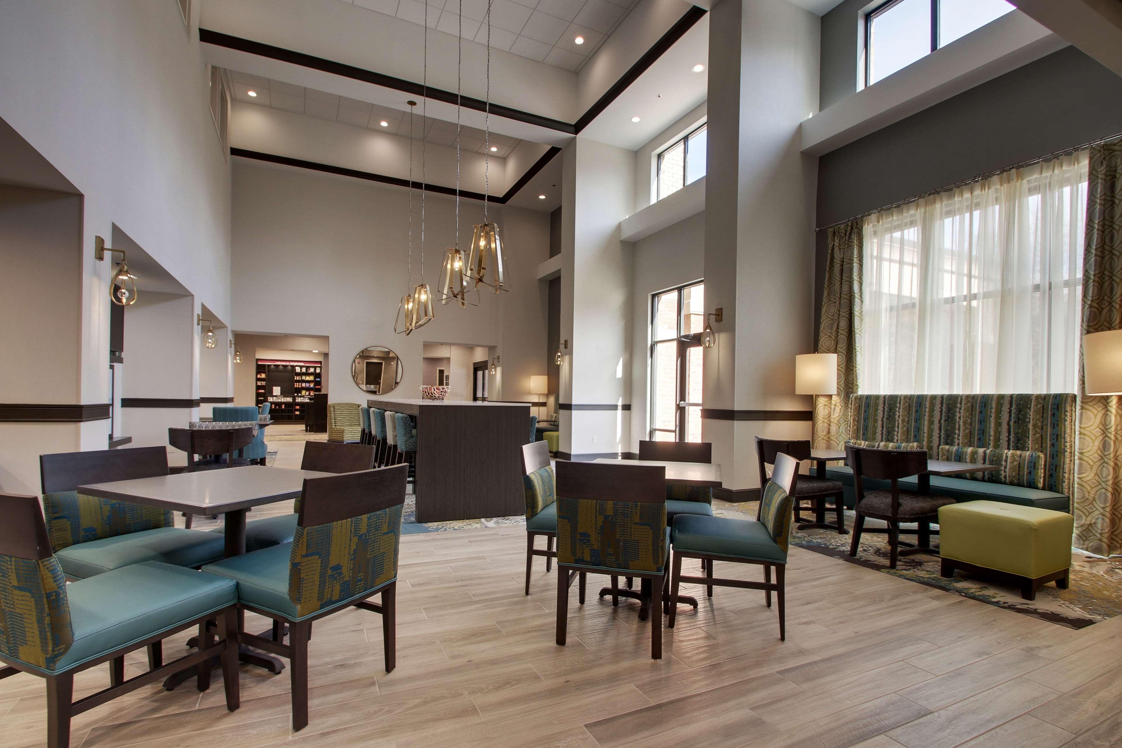 Hampton Inn & Suites Knightdale Raleigh image 2