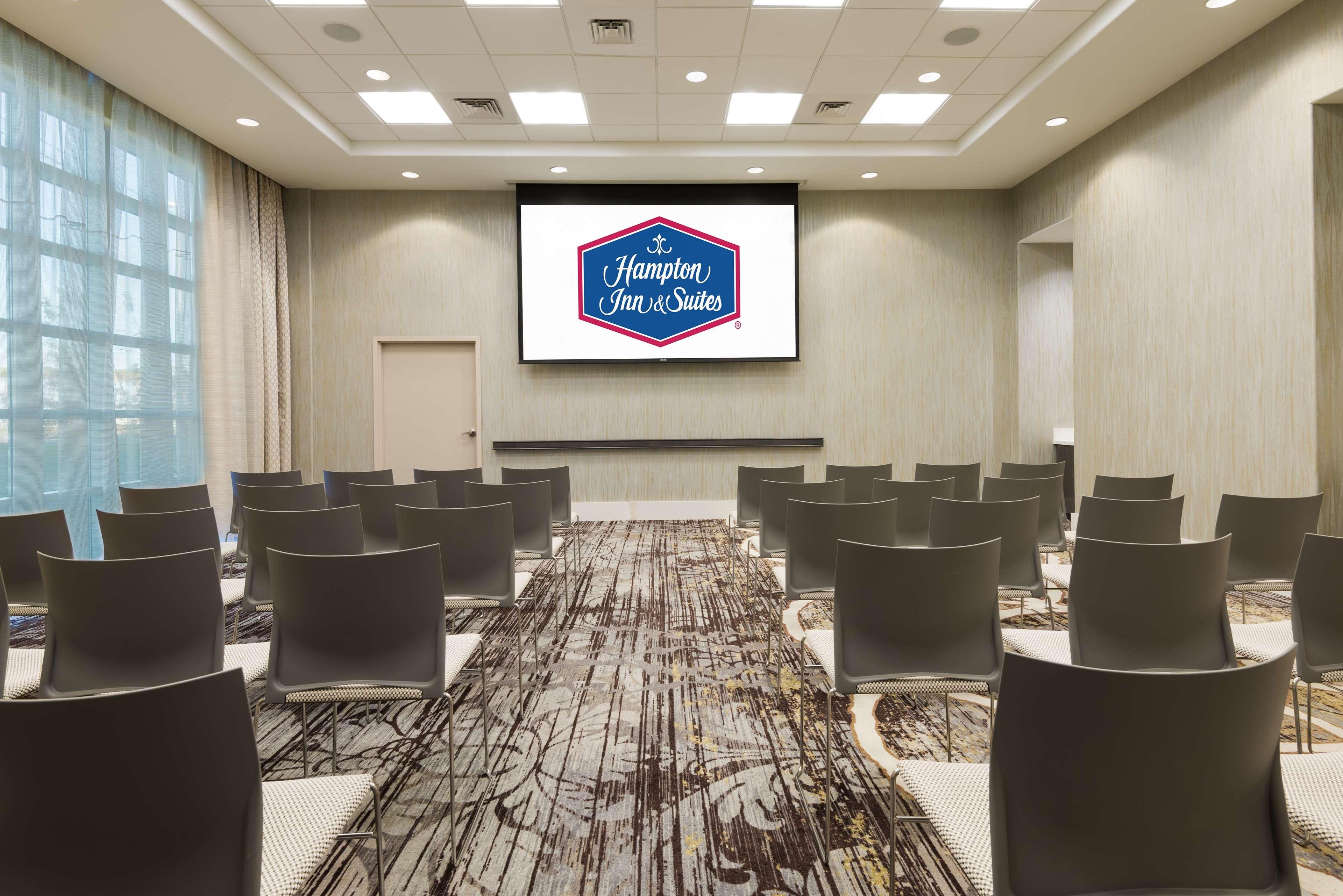 Hampton Inn & Suites Tampa Airport Avion Park Westshore image 27