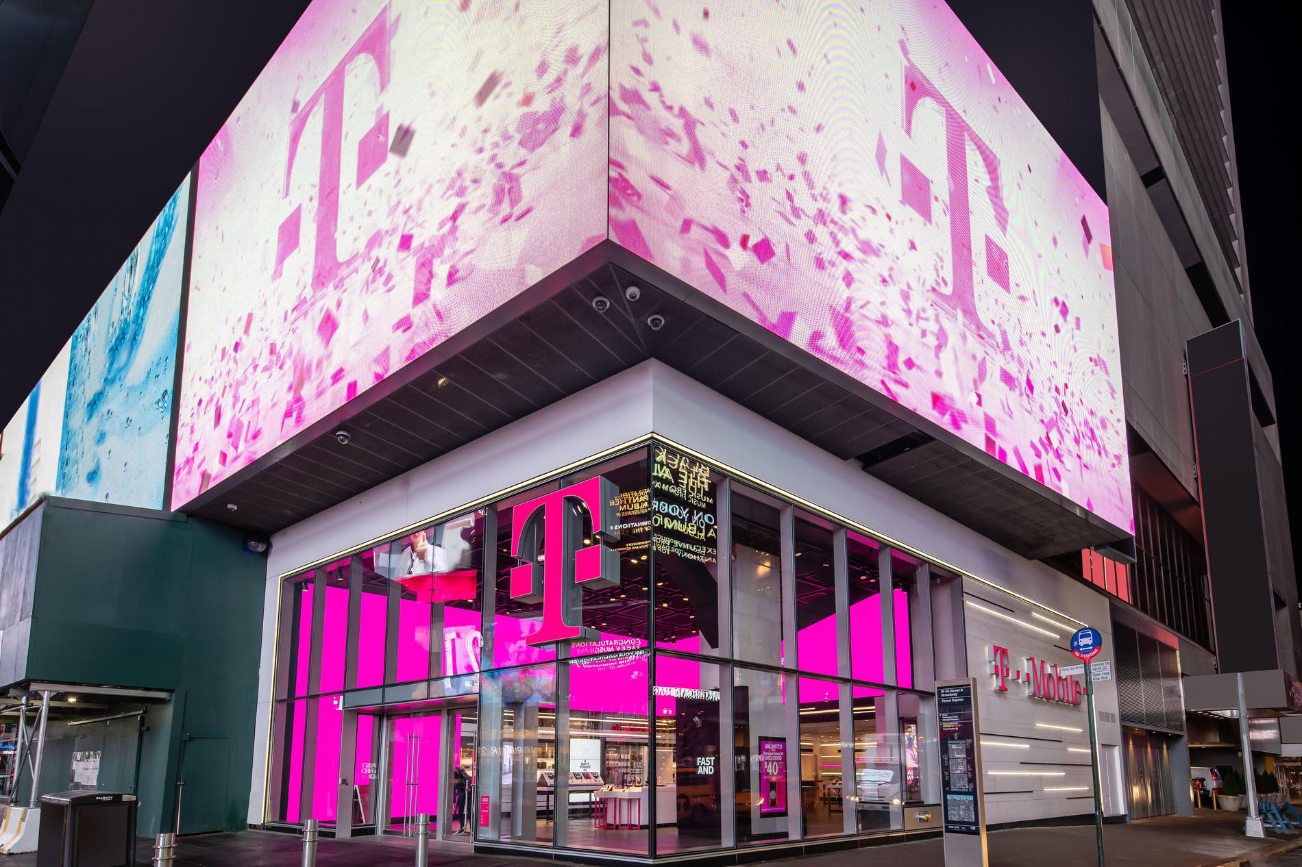 Cell Phones Plans and Accessories at T-Mobile 1535 Broadway