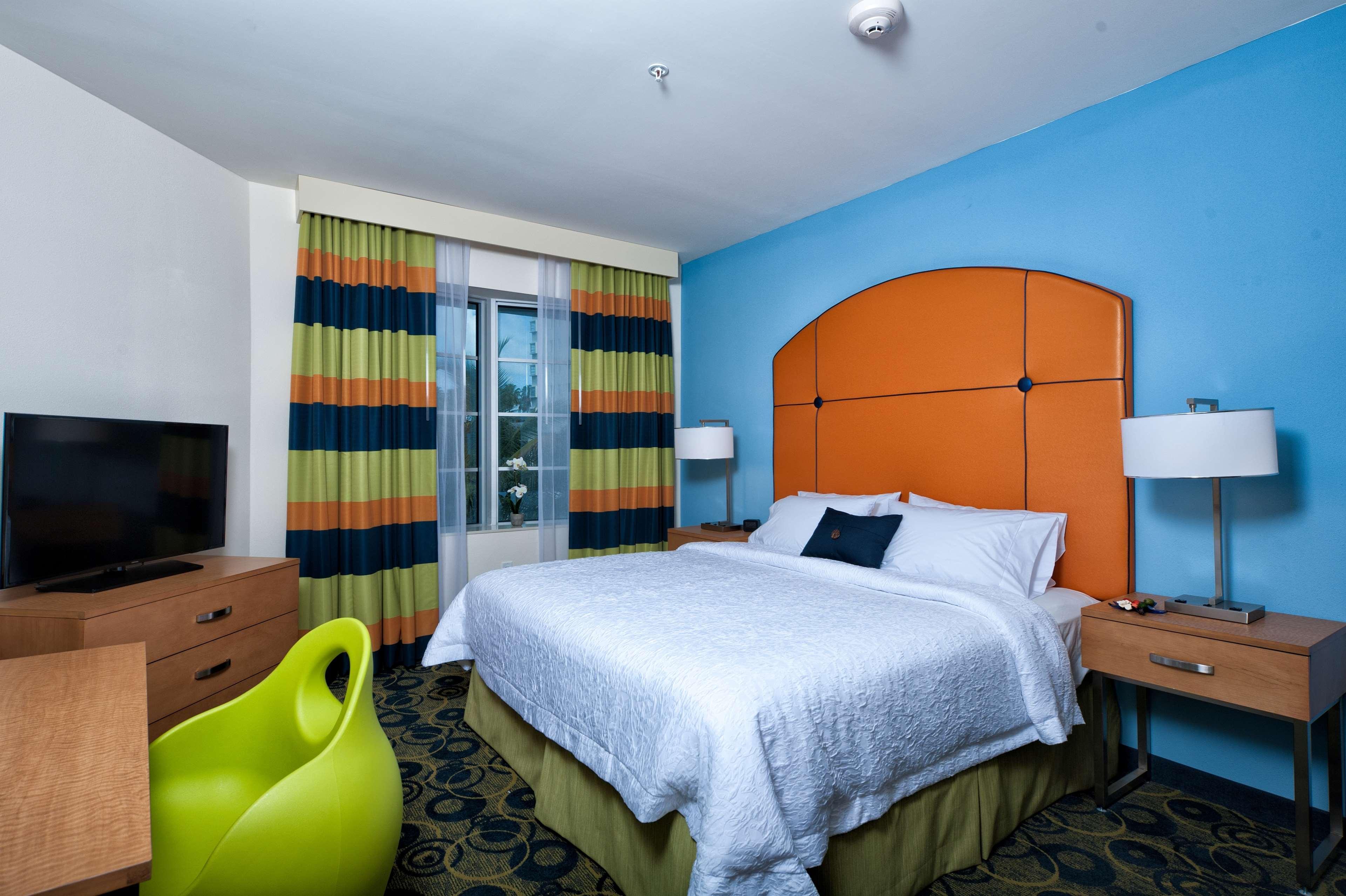 Hampton Inn Miami South Beach - 17th Street image 26
