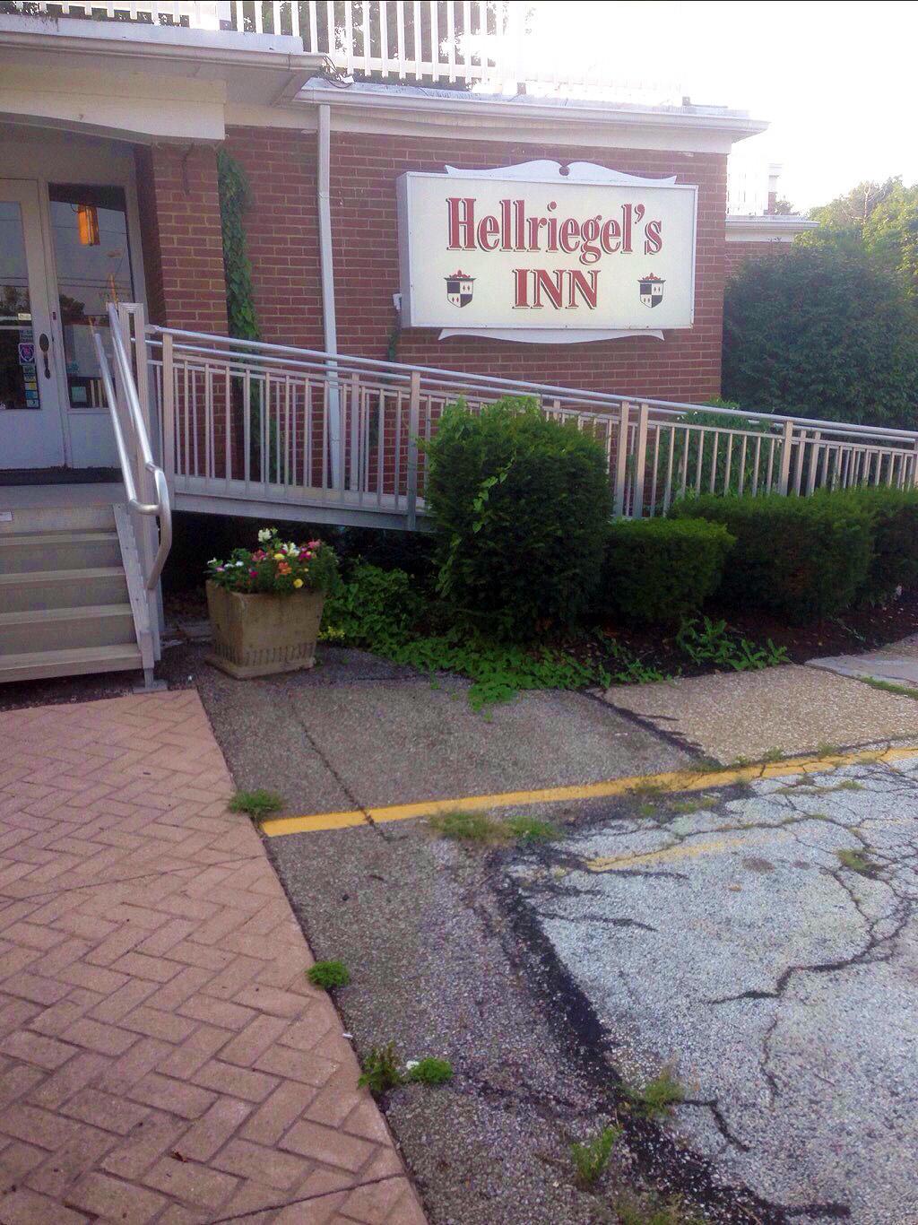 Hellriegel's Inn image 0