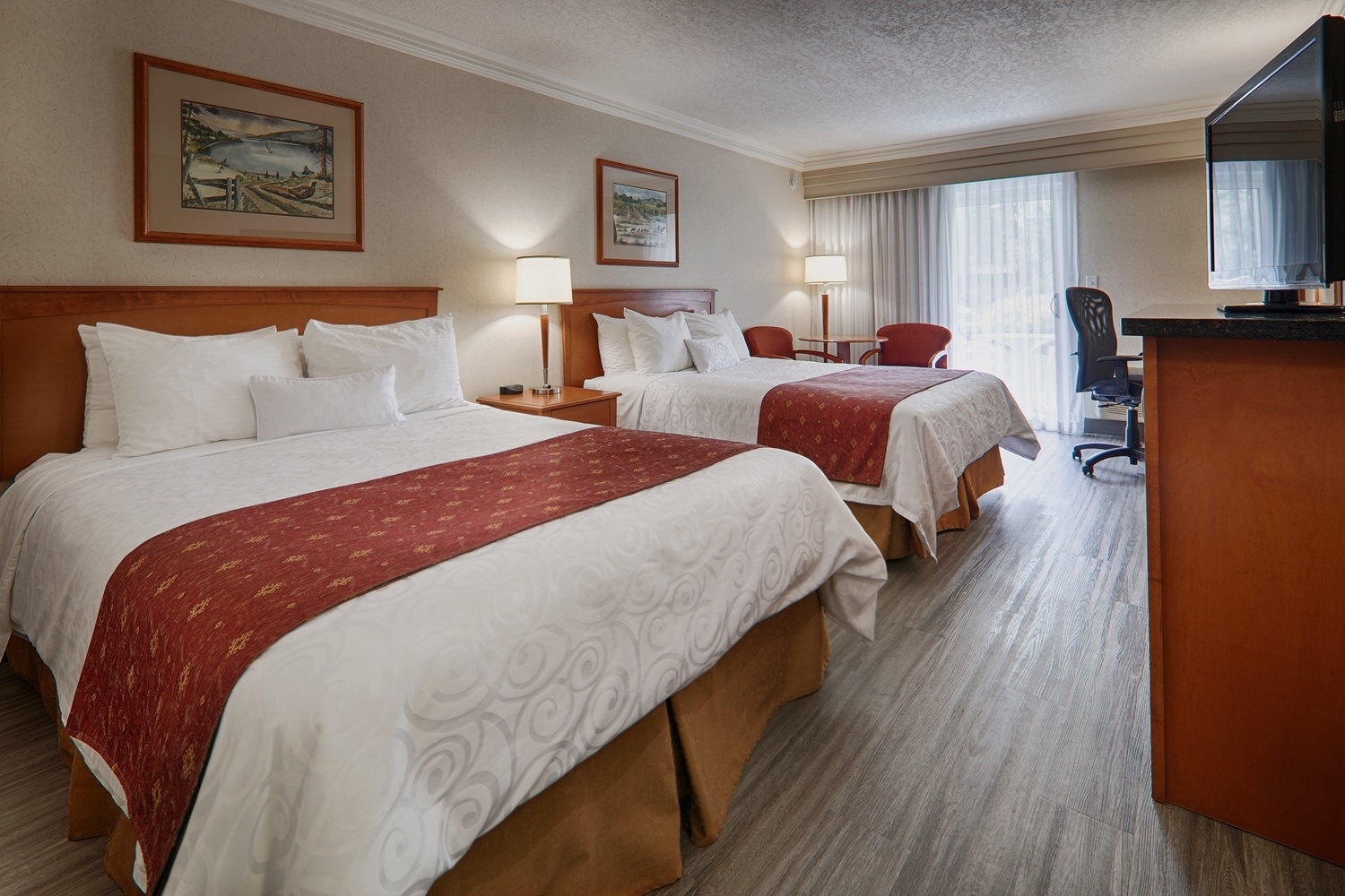 Best Western Plus Kelowna Hotel & Suites in Kelowna: Pet Friendly, Standard, 2 Queen beds