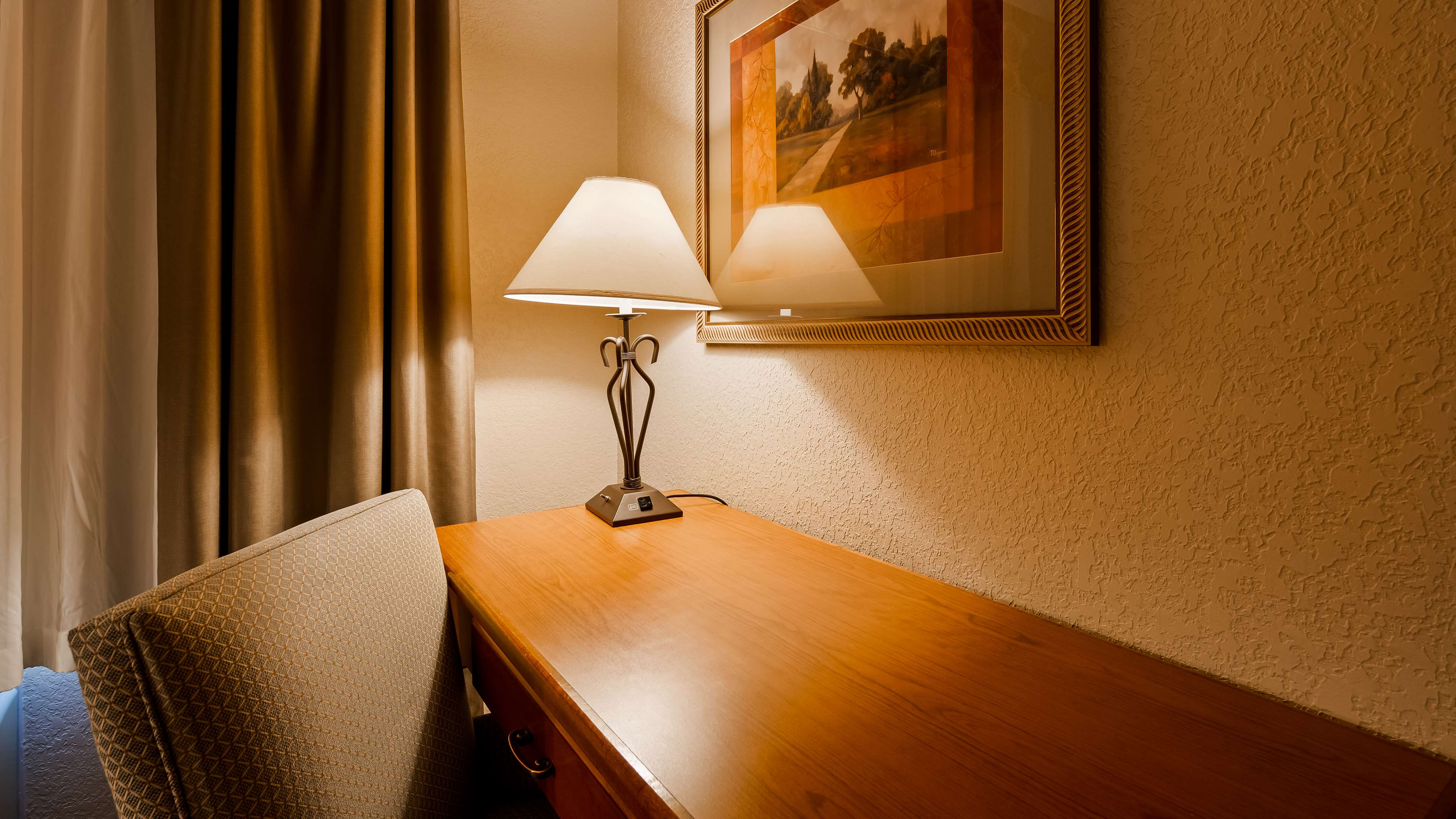 Best Western Plus Mid Nebraska Inn & Suites image 15