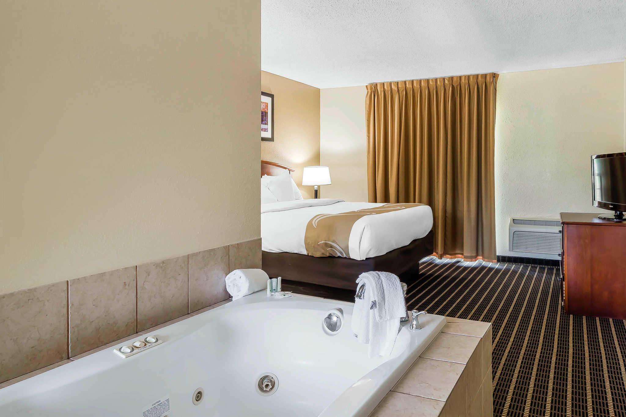 Quality Inn & Suites River Suites image 17
