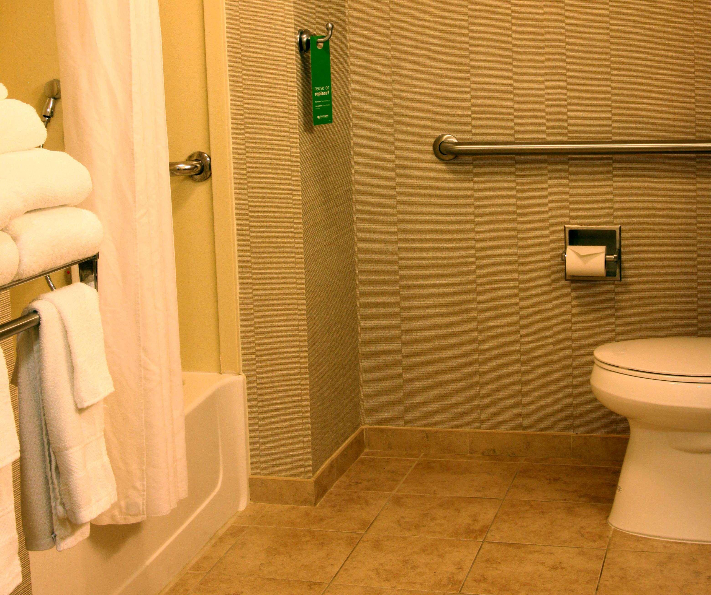 Hampton Inn & Suites Paducah image 34