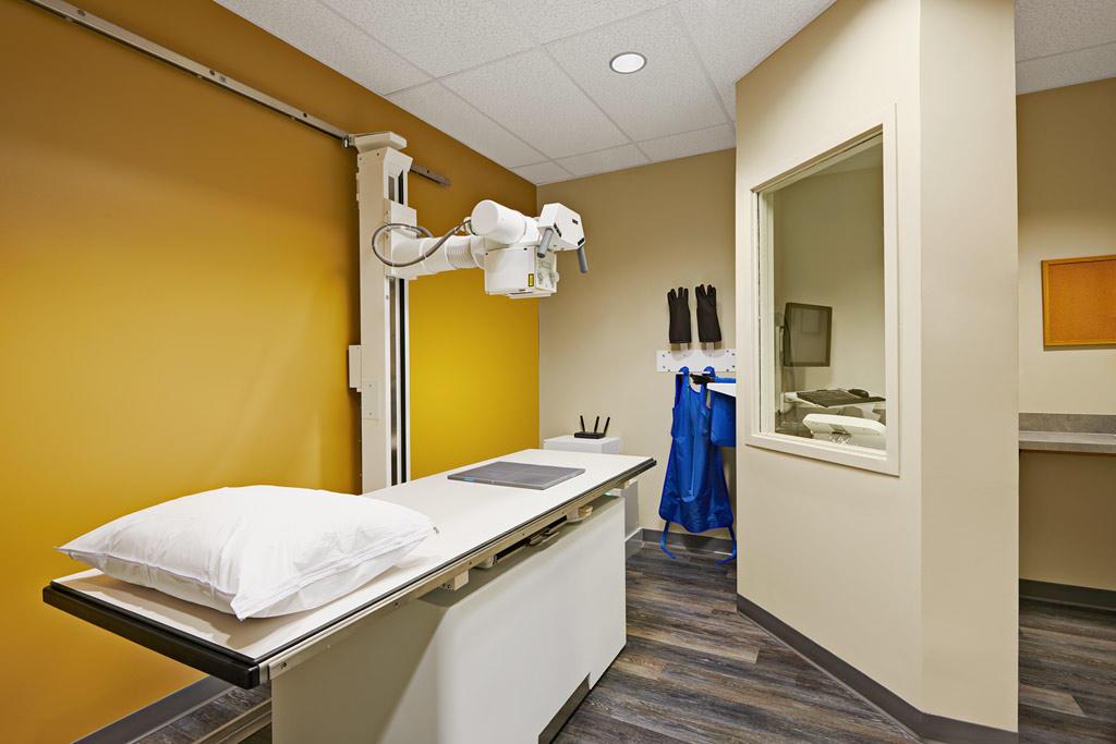 CareNow Urgent Care - Friendswood image 9