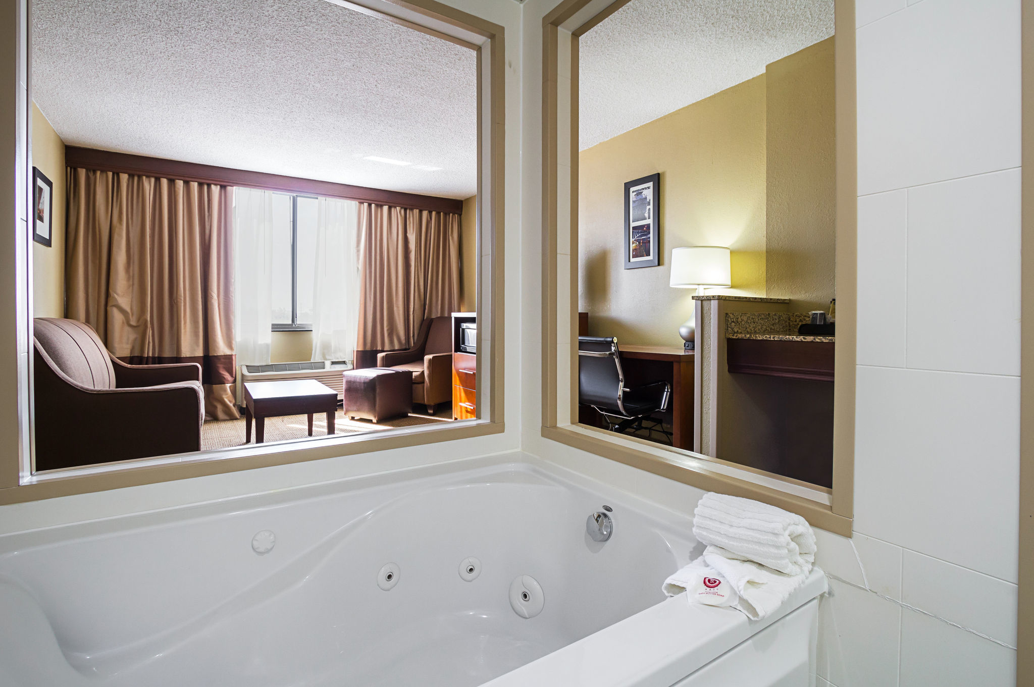 Comfort Inn Downtown In Cleveland Oh Whitepages