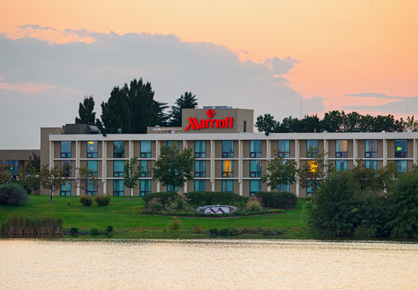 Hotel Near Dulles Airport - IAD | Washington  - Marriott