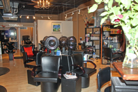Station 336 Salon image 3