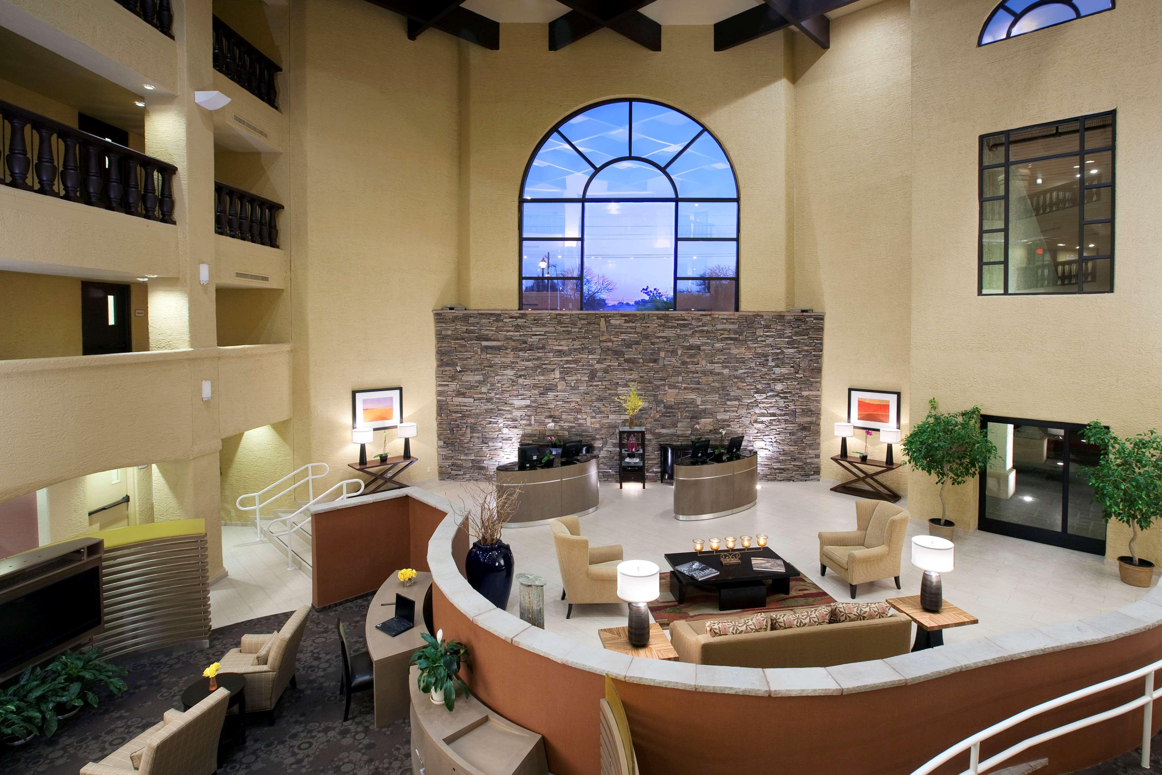 Sheraton Tucson Hotel & Suites image 1