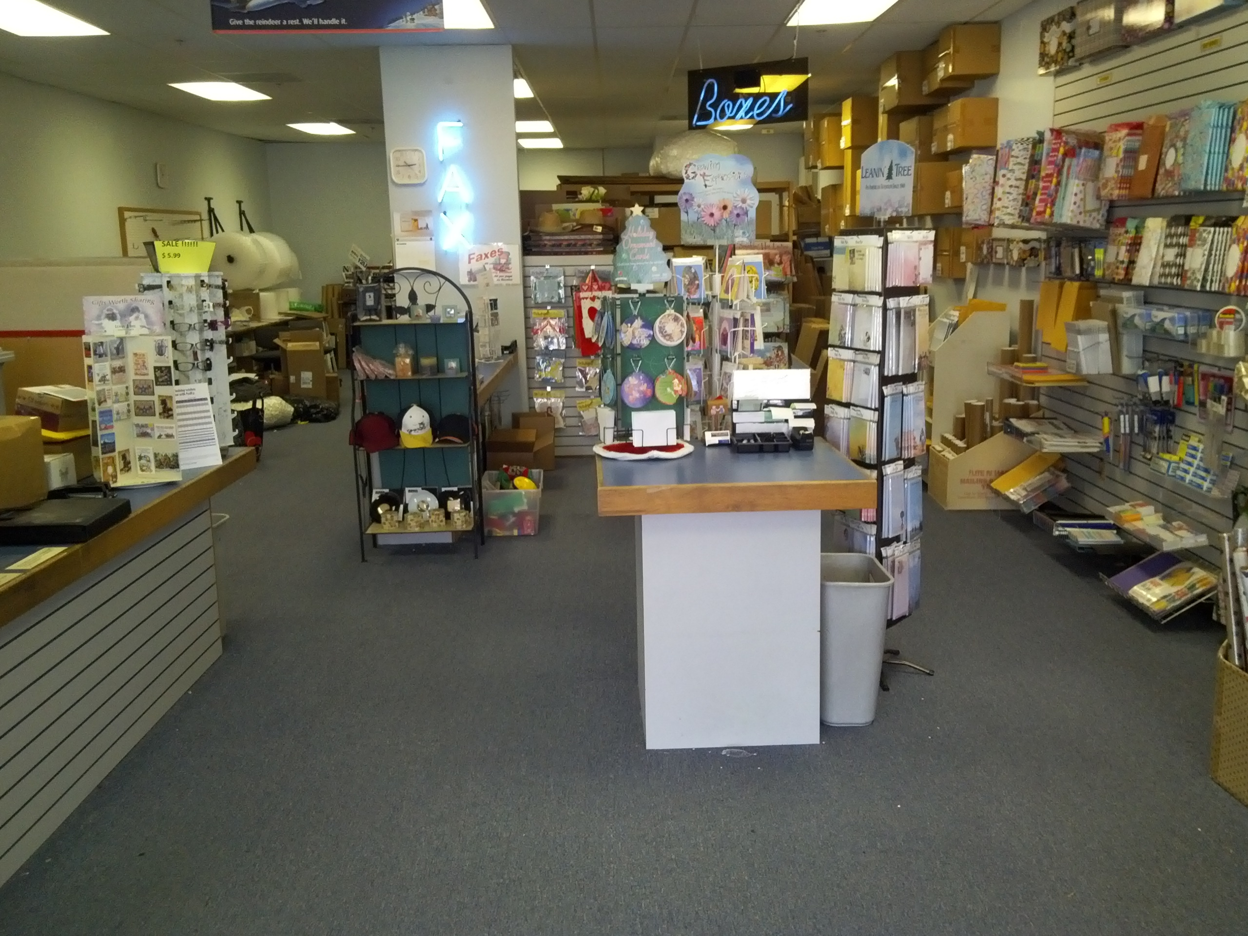 Postmart Mail & Copies image 7