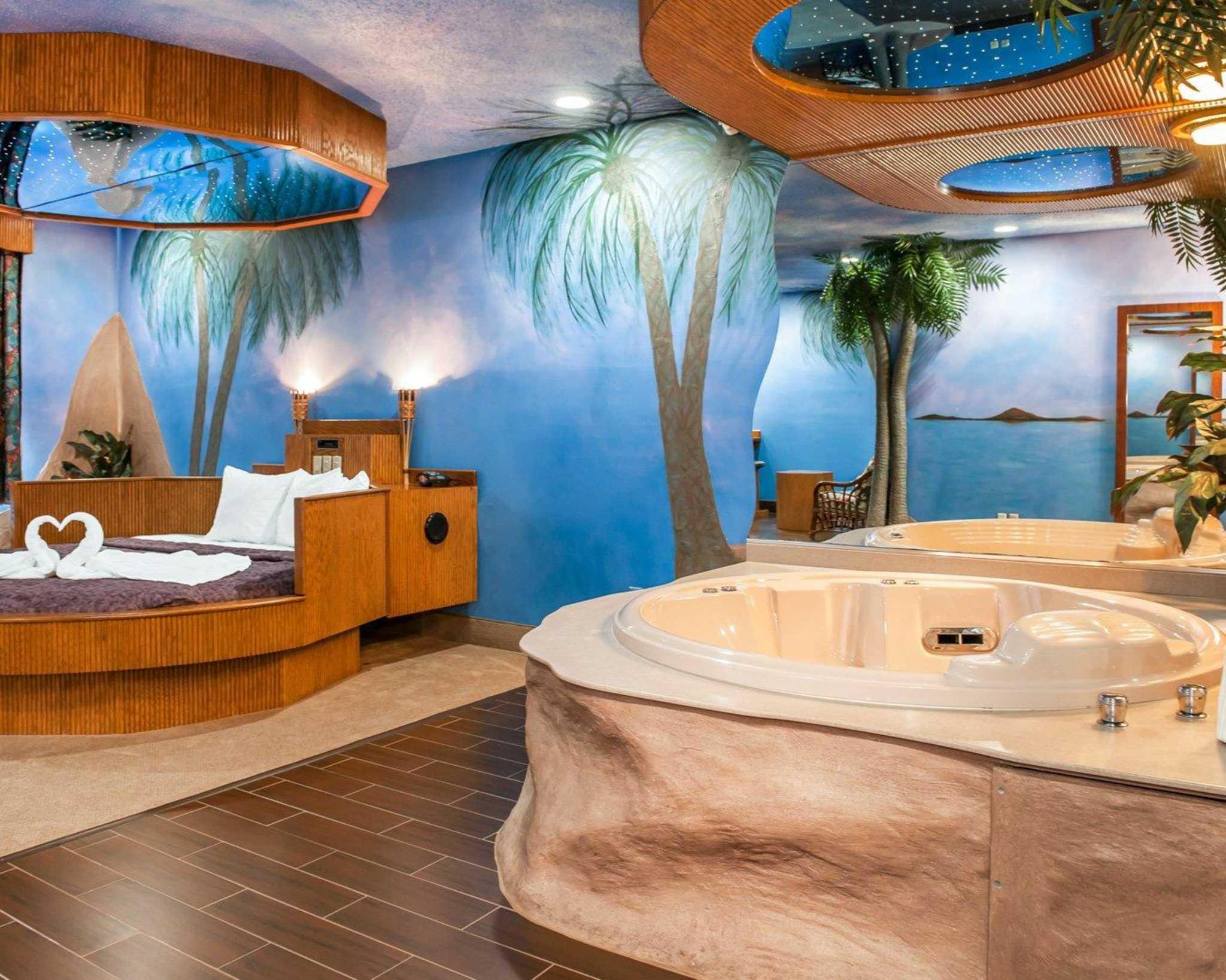 Comfort Suites North in Elkhart, IN, photo #34