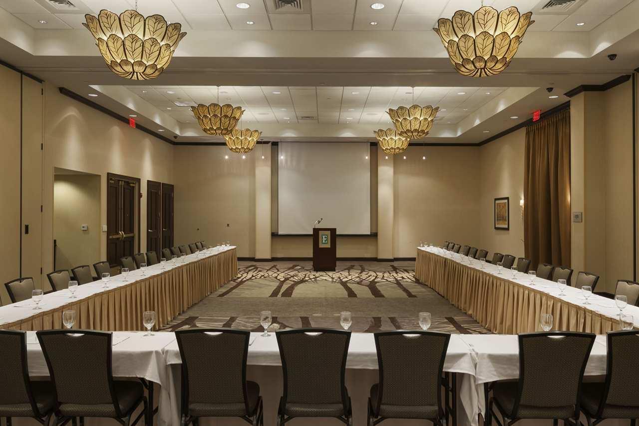 Embassy Suites by Hilton Savannah Airport image 18