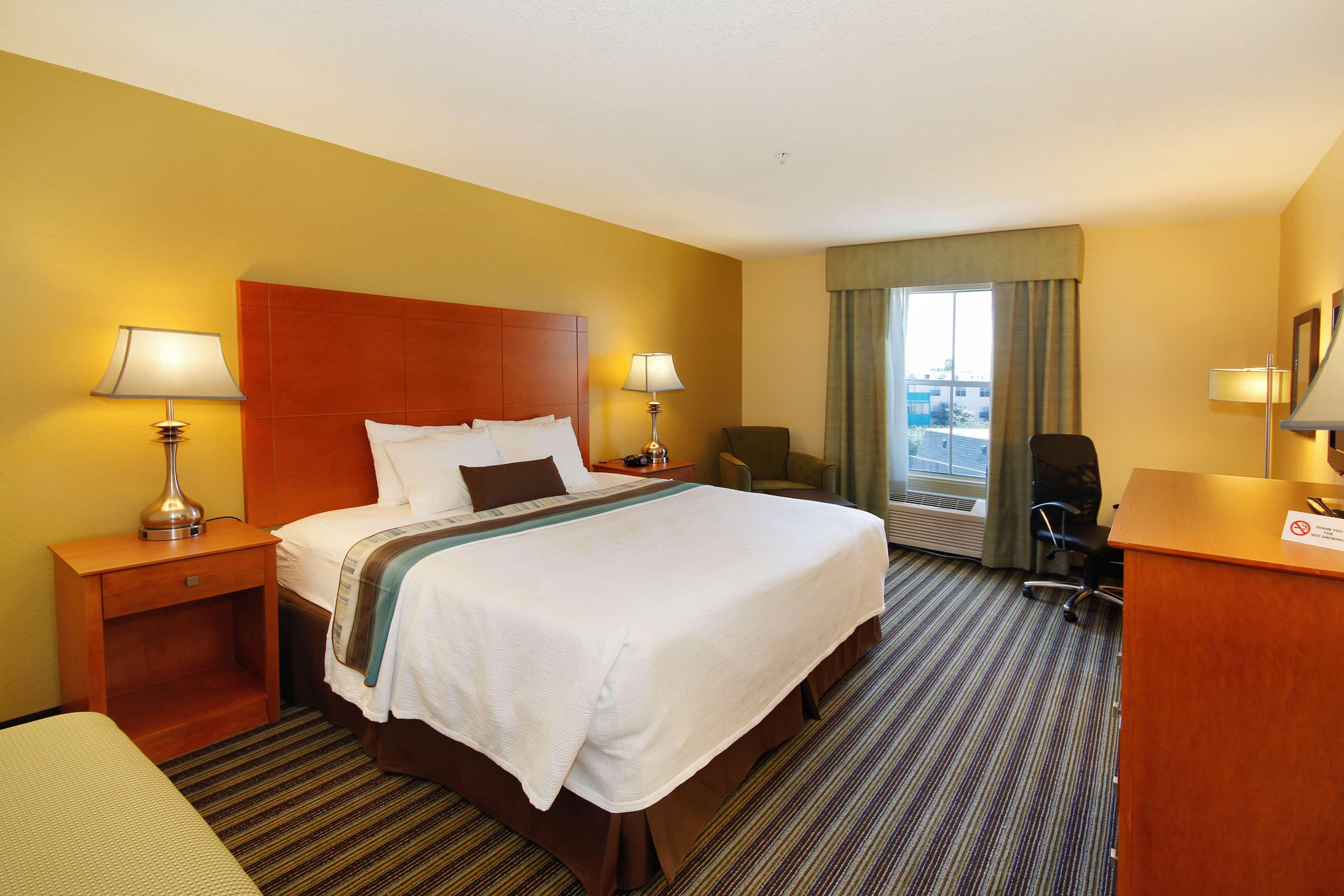 Best Western Plus Seawall Inn & Suites by the Beach image 15