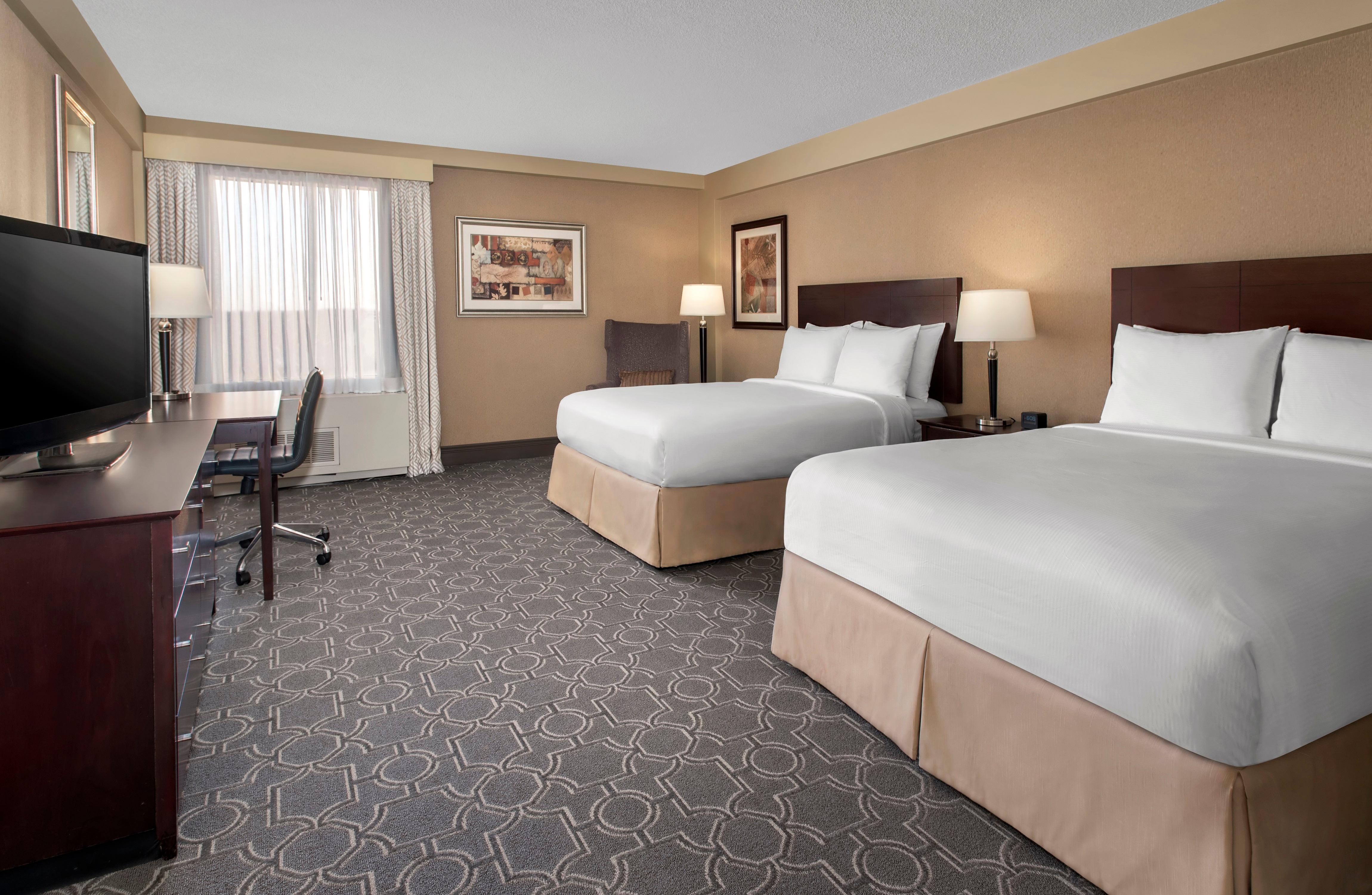 DoubleTree by Hilton Hotel Pittsburgh Airport image 2