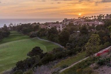 Marriott's Newport Coast Villas image 0