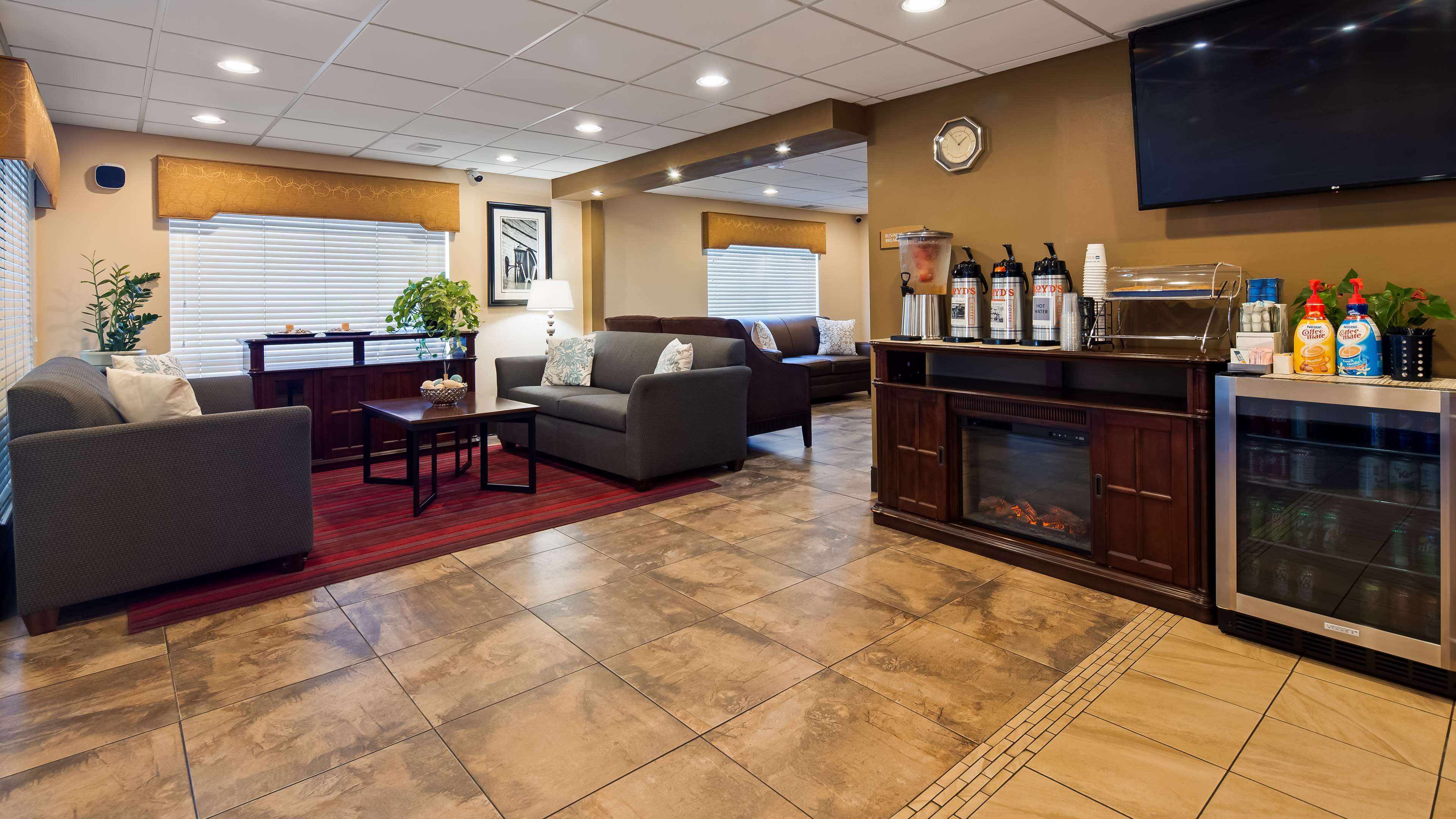 Best Western Inn & Suites image 34