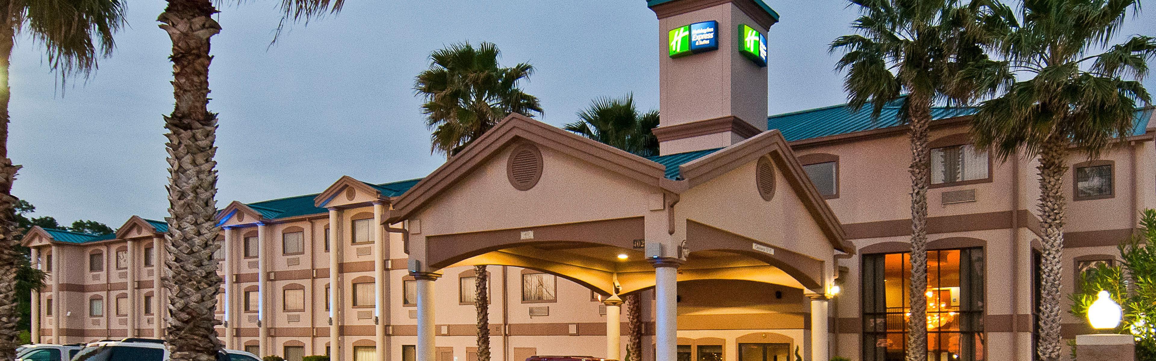 Holiday Inn Express & Suites Lake Charles image 0