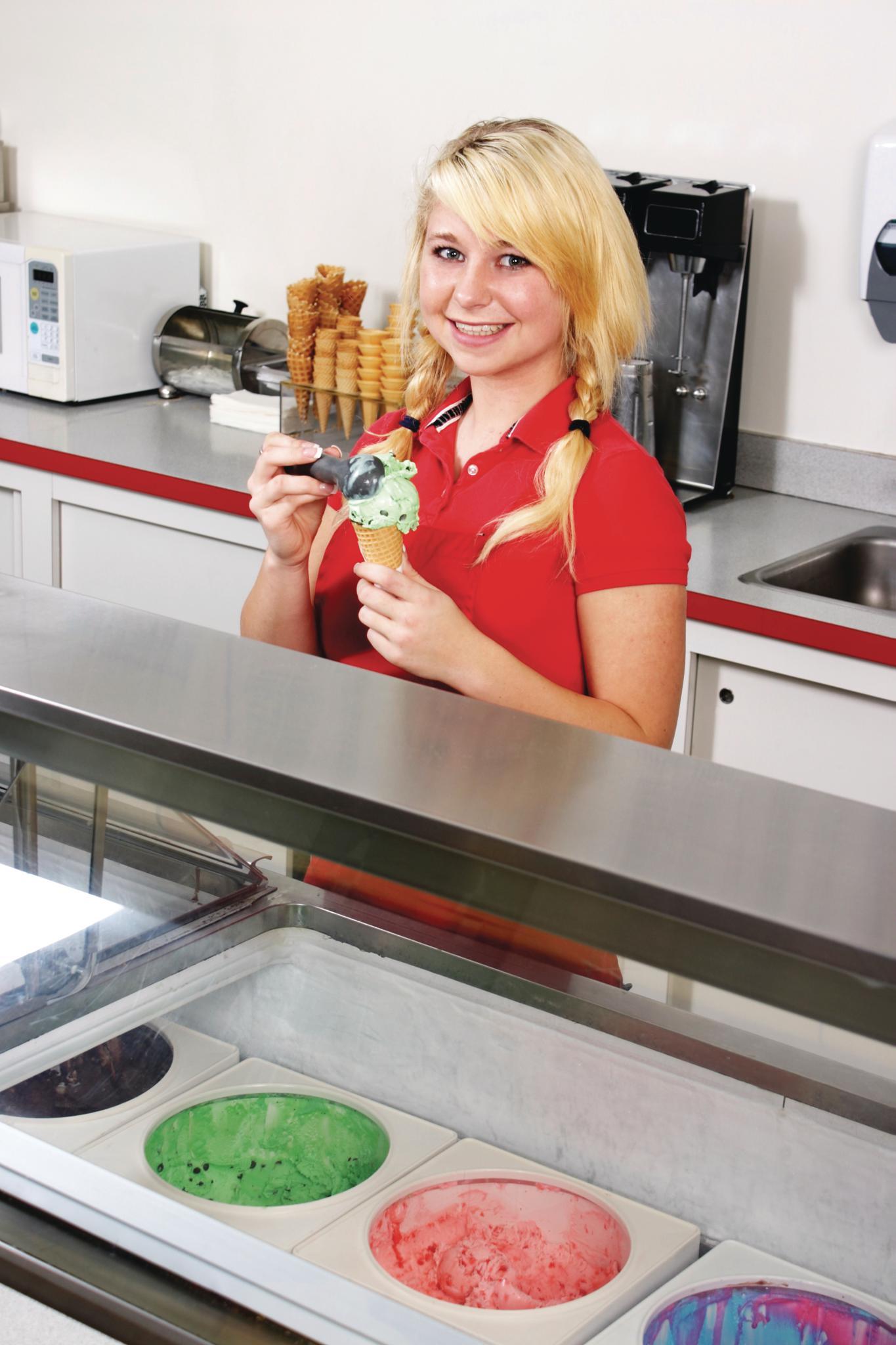 Carrefour Jeunesse Emploi Saguenay in La Baie