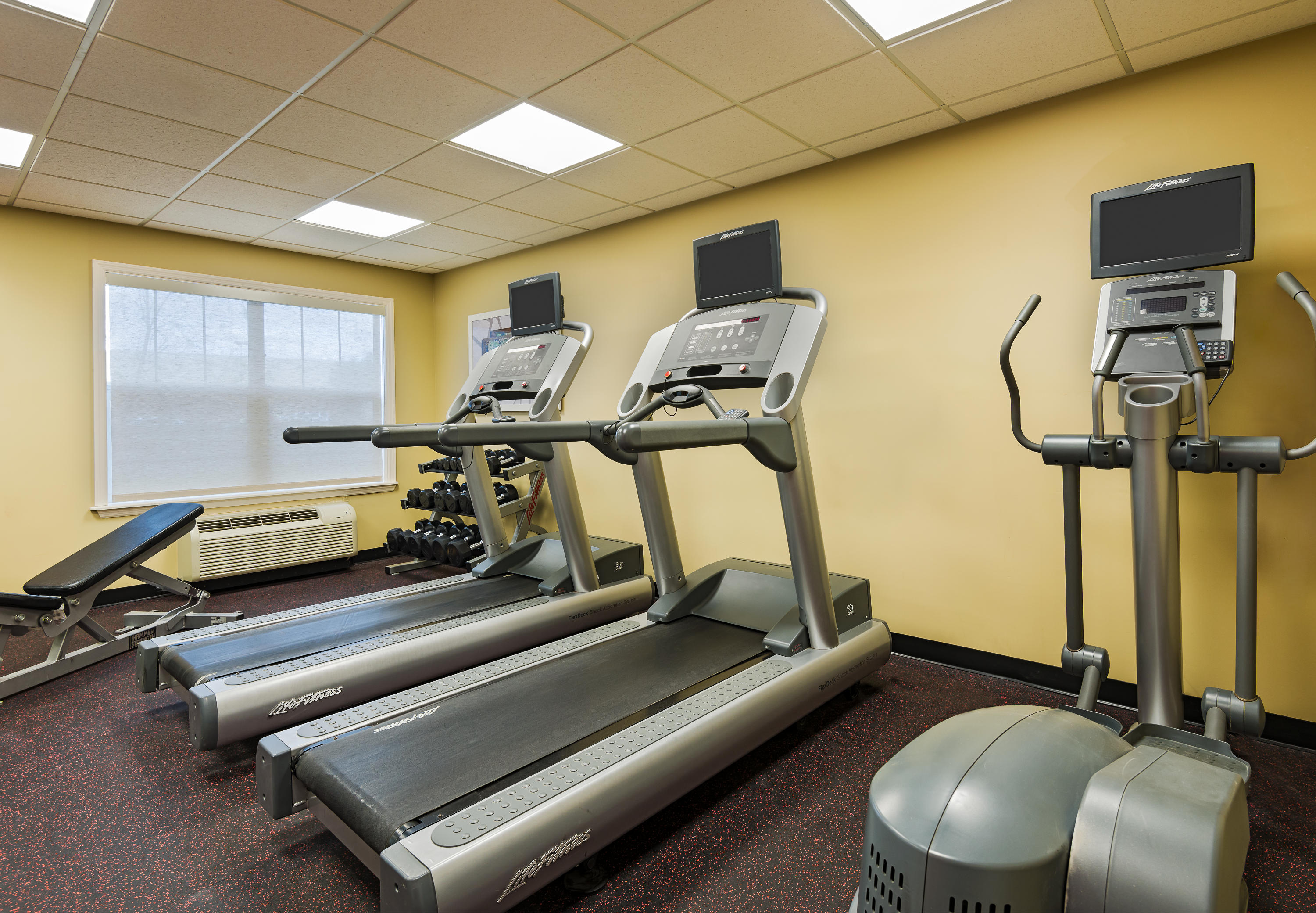 TownePlace Suites by Marriott Pensacola image 2