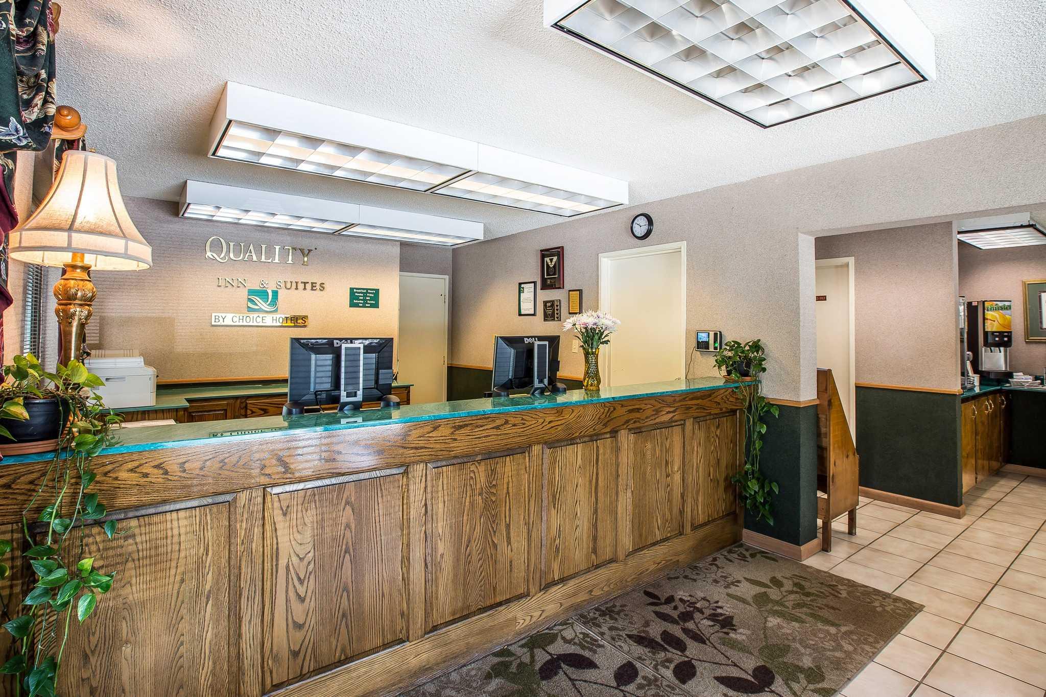 Quality Inn & Suites Mt. Chalet image 13
