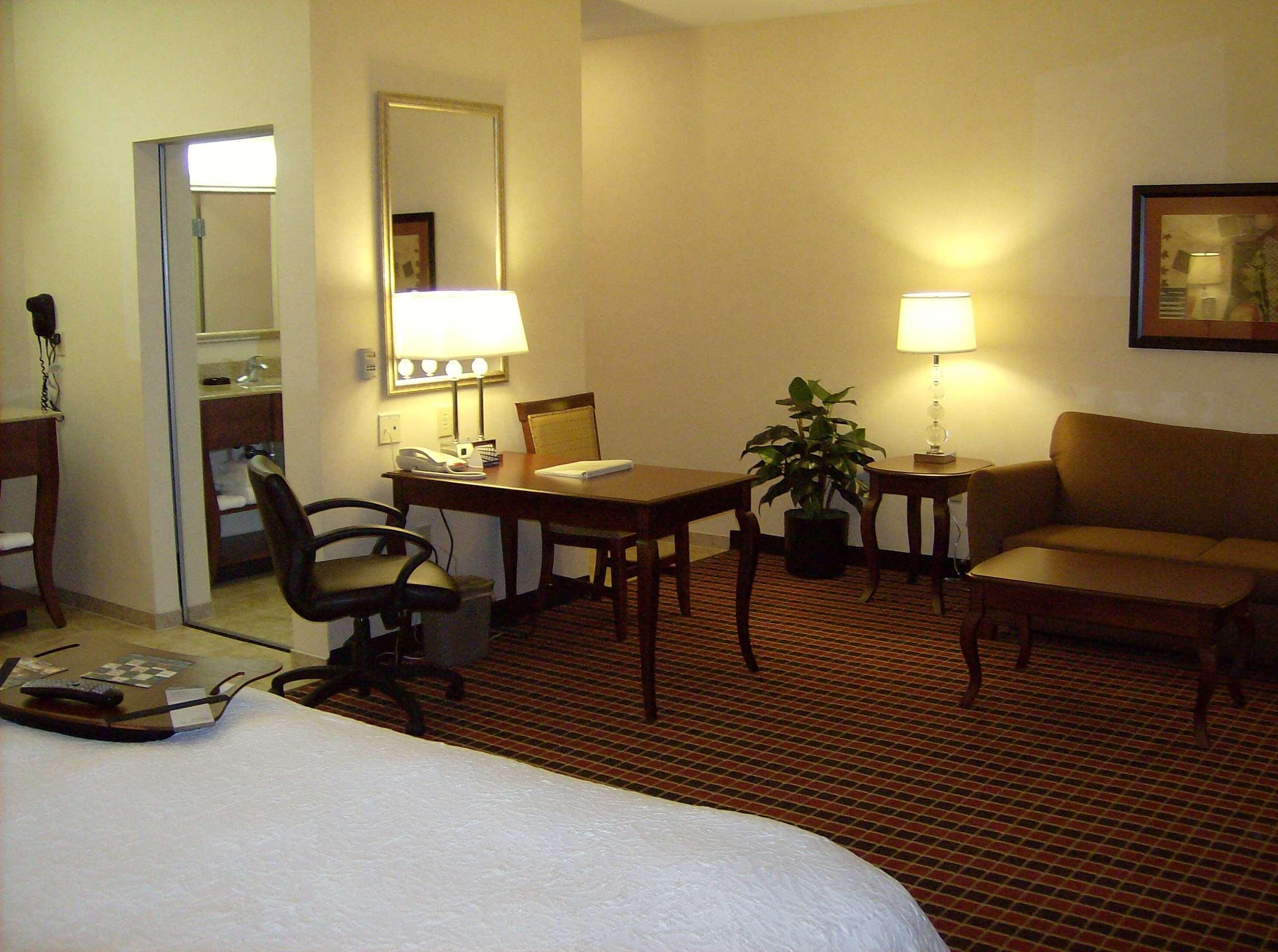 Hampton Inn & Suites Dayton-Airport image 33