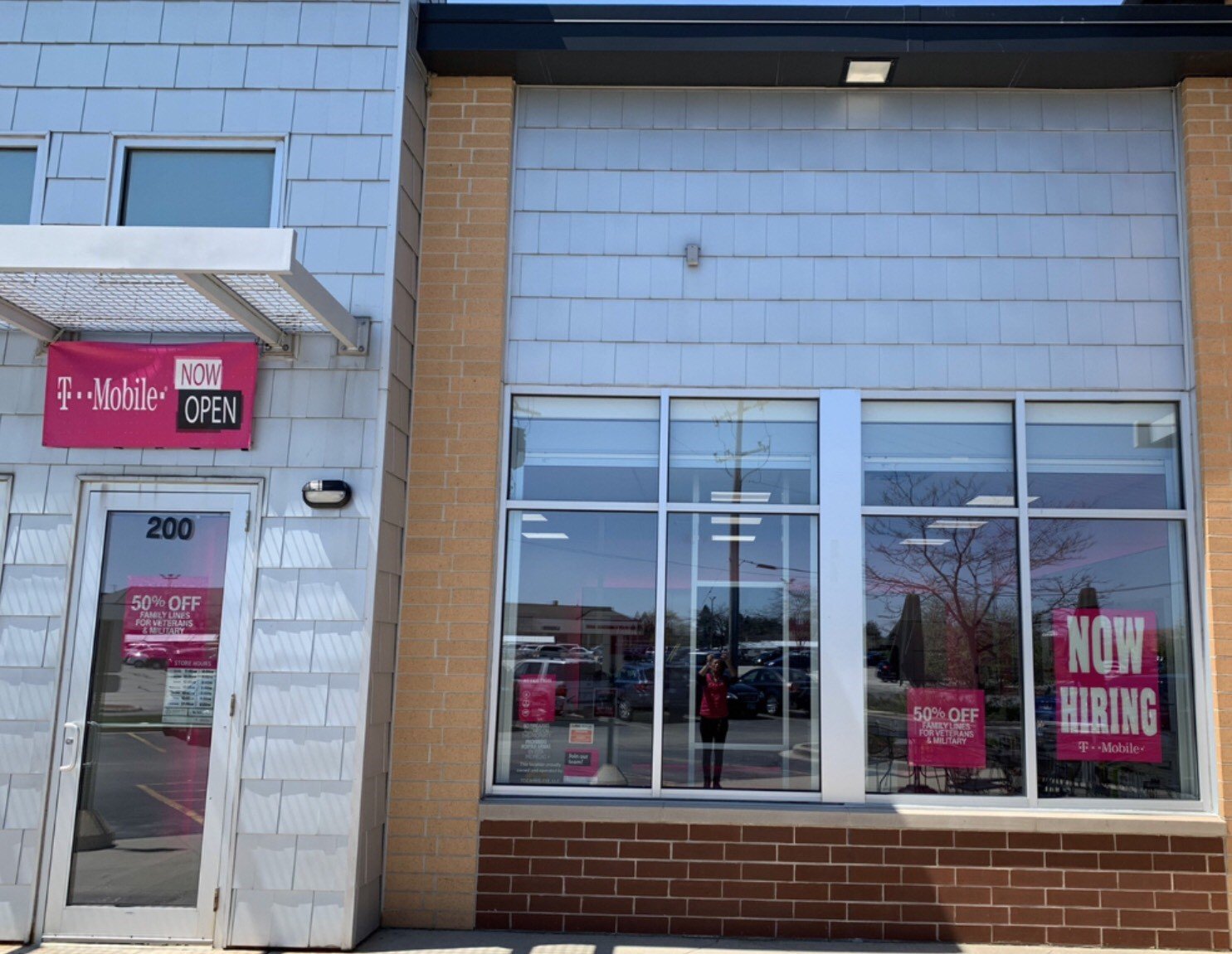 T Mobile Store At 8750 South Howell Avenue Oak Creek Wi T Mobile