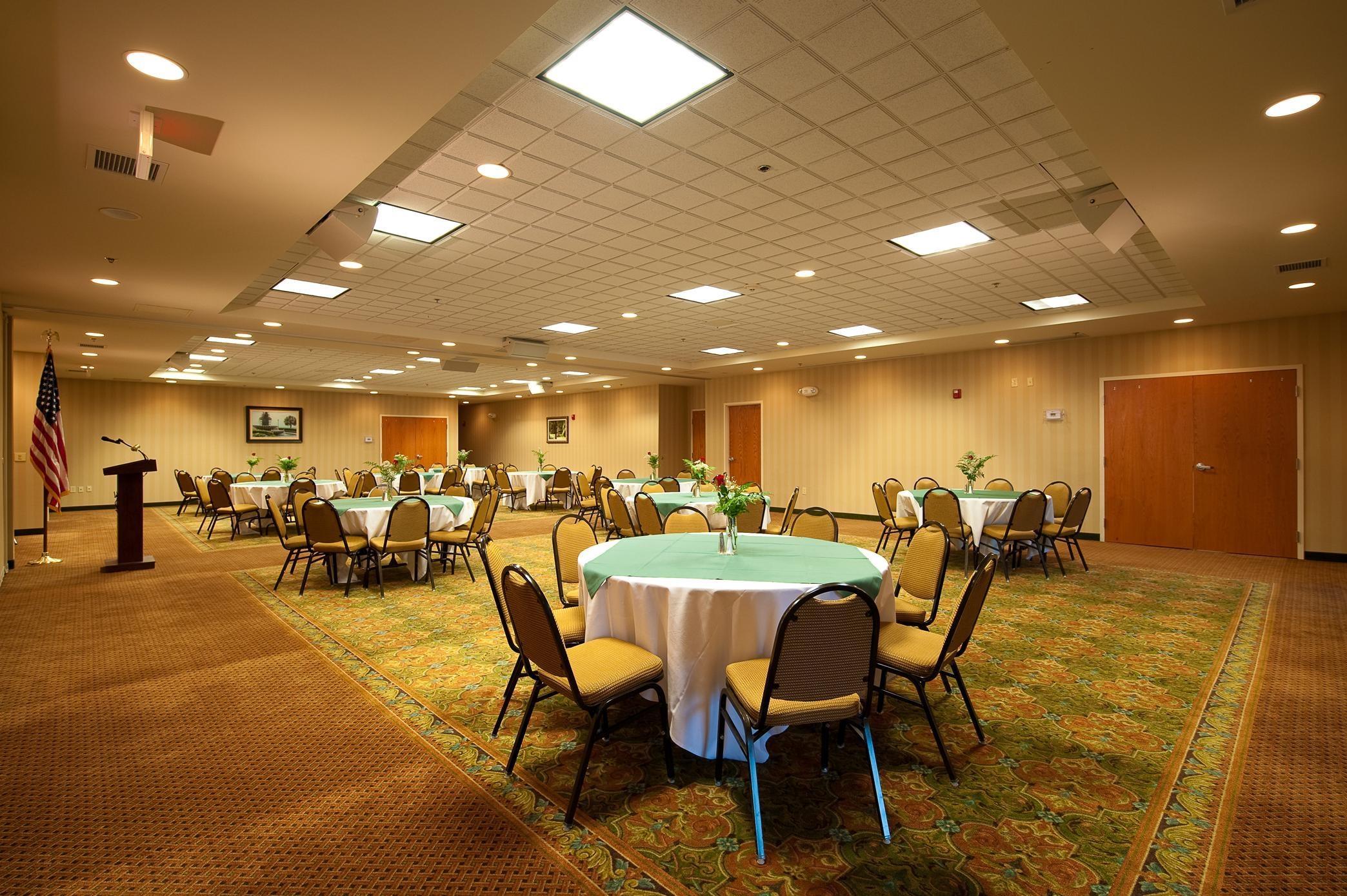 Hilton Garden Inn Charleston Airport 5265 International Boulevard ...