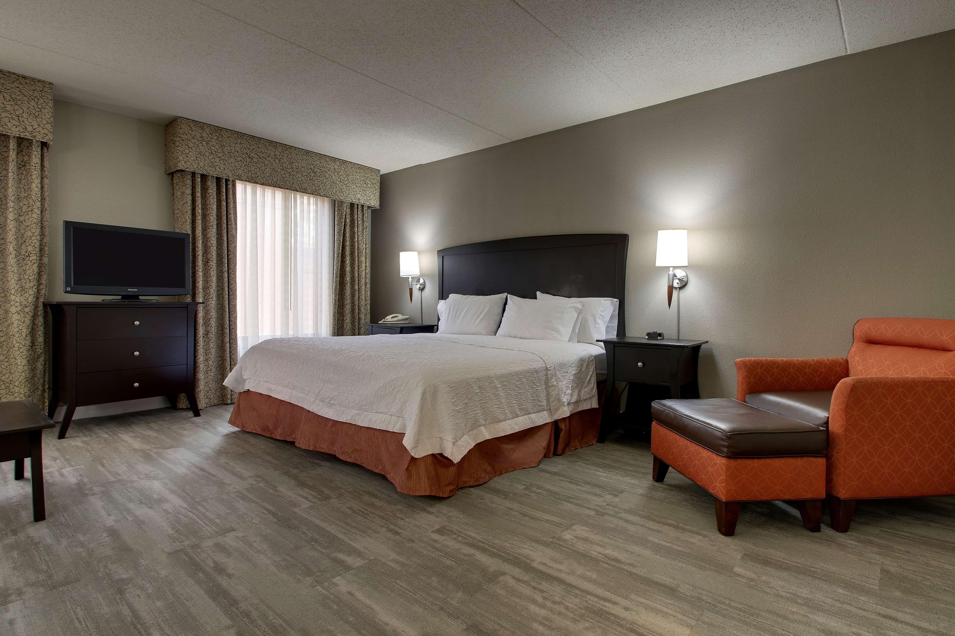 Hampton Inn & Suites Spartanburg-I-26-Westgate Mall image 22